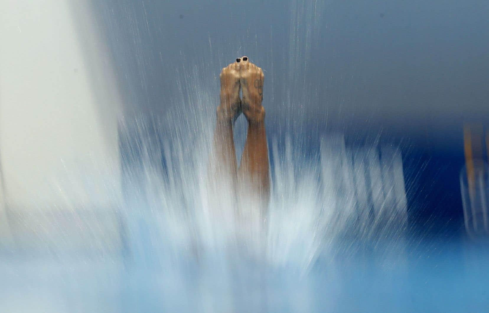 Avec ses 339,90points,JenniferAbel aterminé au quatrième rangdes demi-finales dans l'épreuve individuelle au tremplin de 3 mètres aux Championnats du monde de Gwangju, en Corée du Sud.