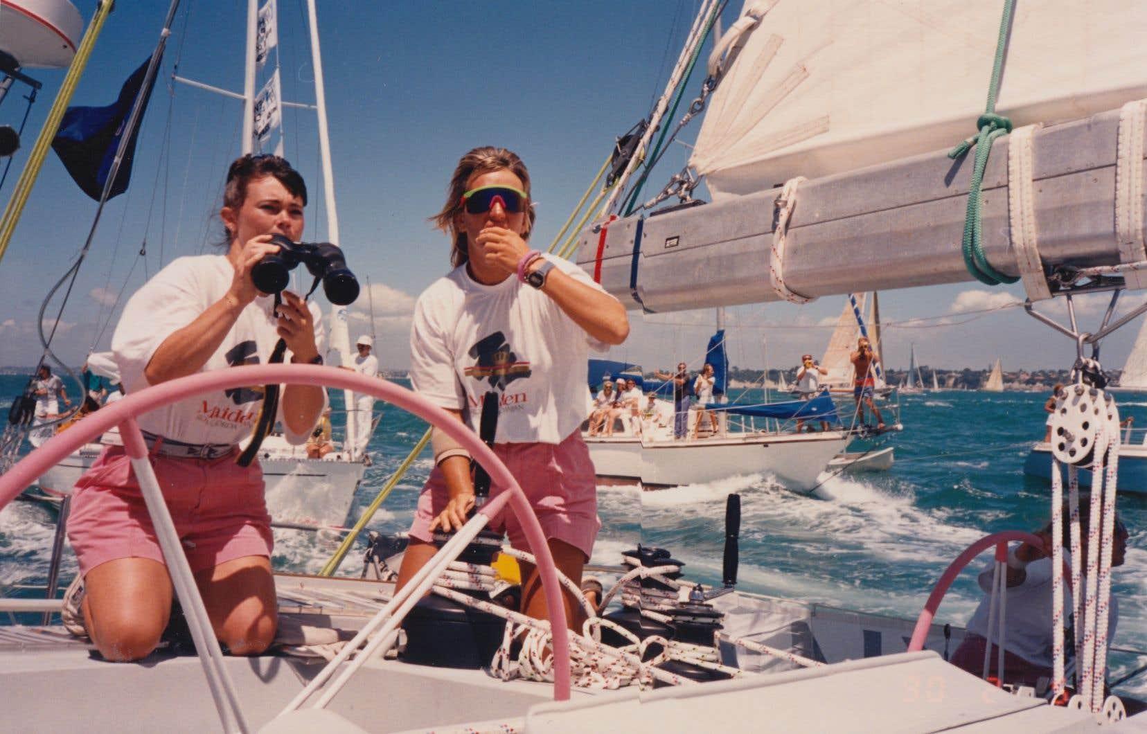 Pour la capitaine du yacht composé d'une équipe féminine lors du Whitbread Round the World Race 1989, remporter cette course est le résultat des efforts d'un groupe de femmes déterminées.