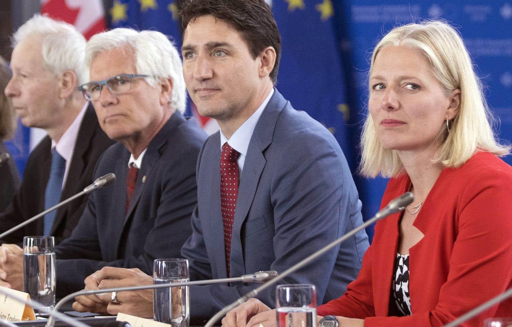 Le premier ministre canadien a admis que les entreprises européennes semblaient avoir été plus rapides à saisir l'occasion d'augmenter leurs ventes au Canada, mais a ajouté que les exportateurs canadiens apprendront rapidement à en faire autant.