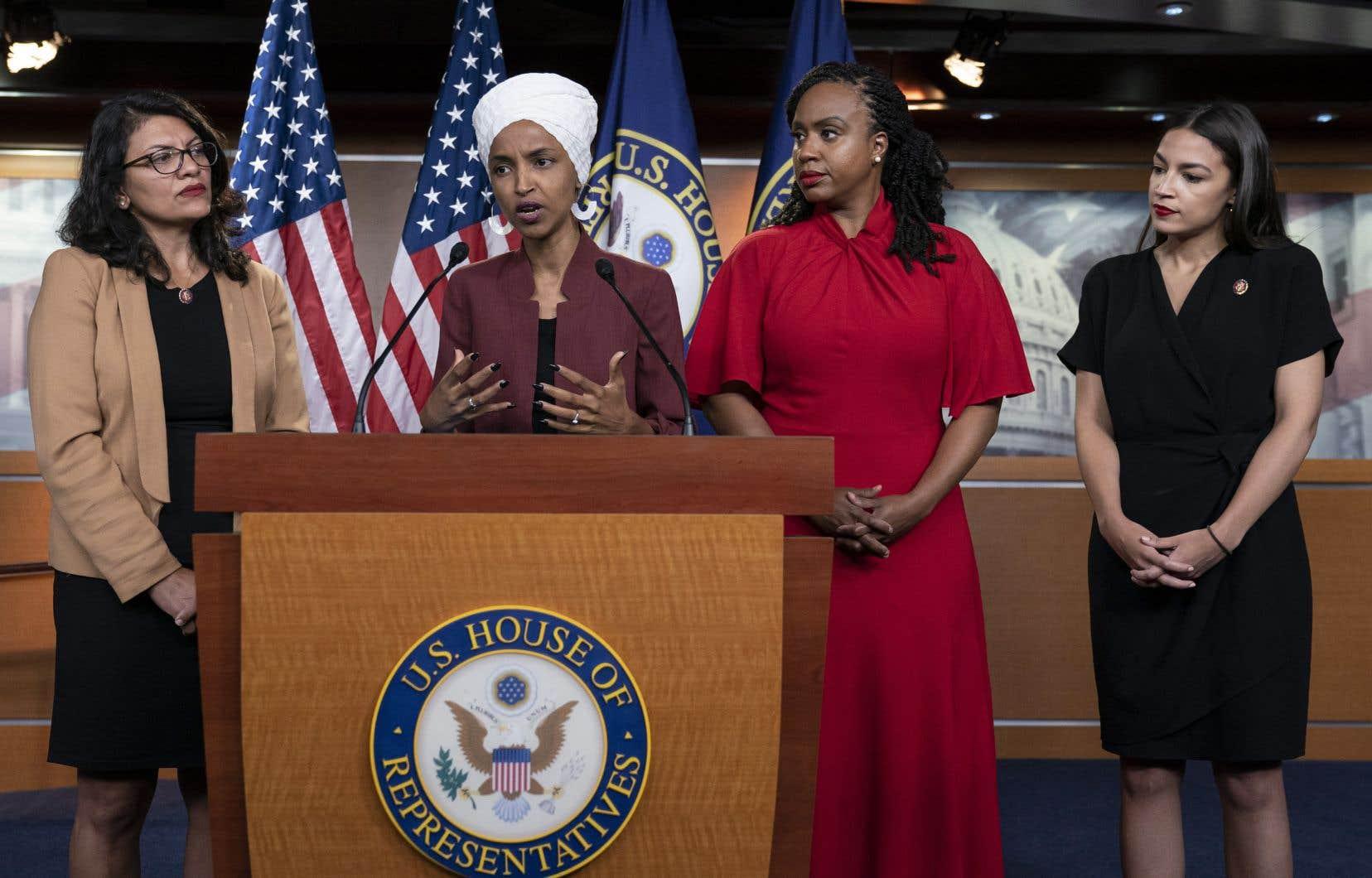 Mardi, la chambre basse du Congrès, à majorité démocrate, a adopté une motion condamnant «fermement les commentaires racistes» du président.