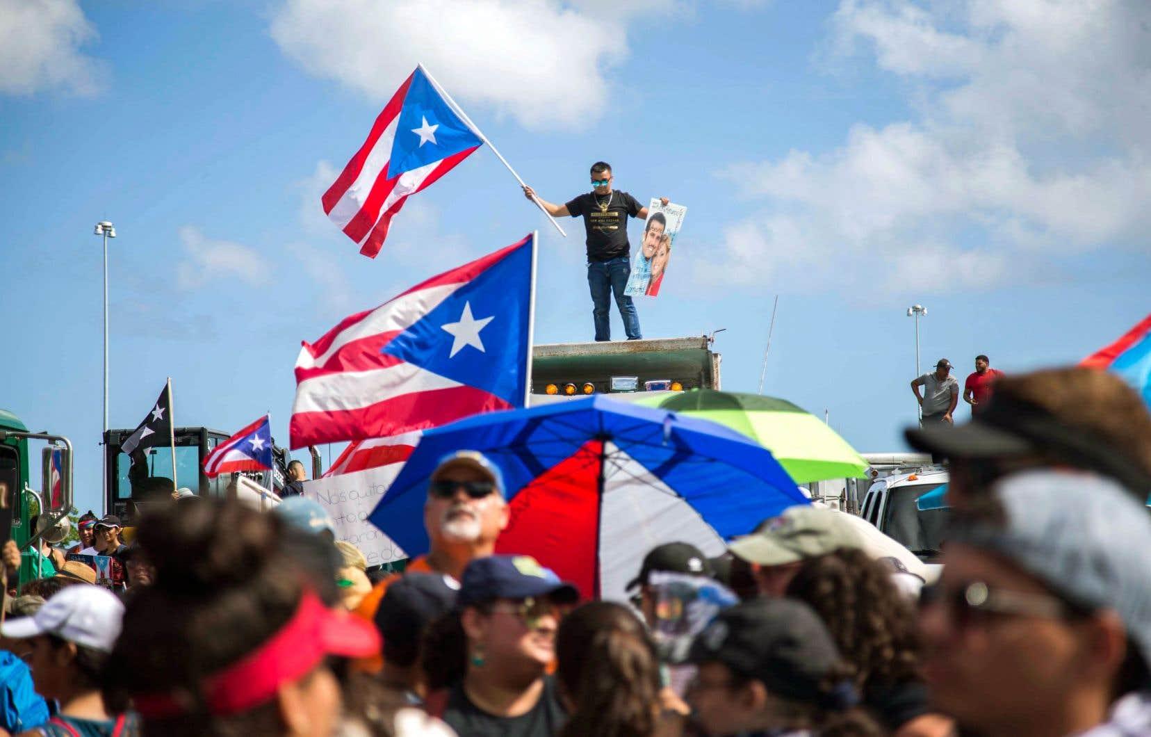 Ce devait être la plus grande manifestation depuis le début de la crise politique, il y a neuf jours.