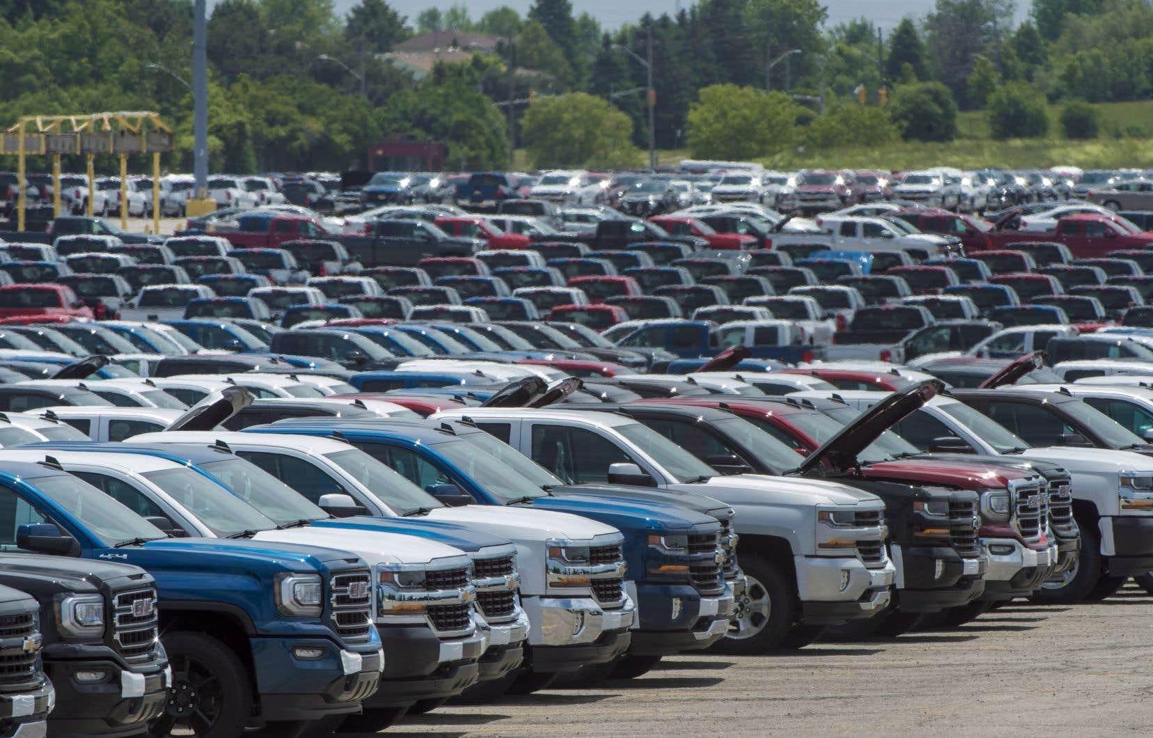 La valeur des ventes en gros s'est établie à 63,8milliards de dollars en mai, essentiellement en raison de diminutions dans le sous-secteur des véhicules automobiles et de leurs pièces et accessoires.
