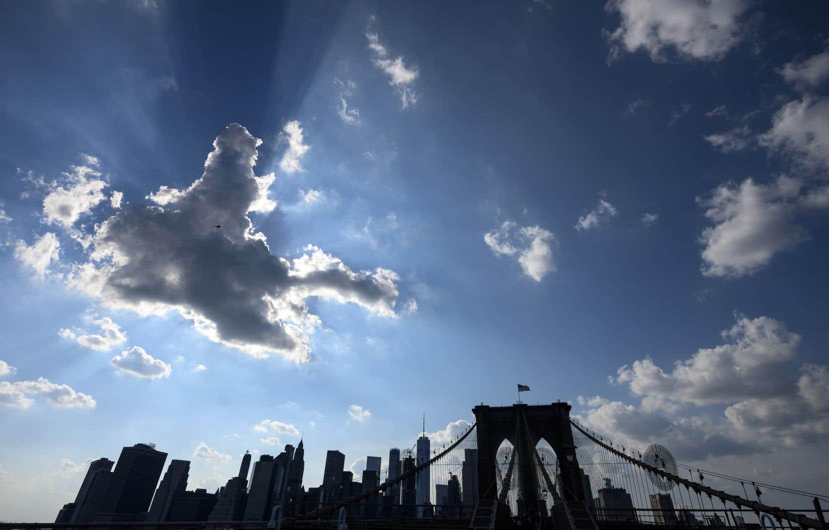 <p>Environ 30000 clients de Brooklyn se sont fait couper le courant, dimanche, afin de permettre à Con Ed d'effectuer des réparations préventives sur son réseau pour éviter une panne.</p>