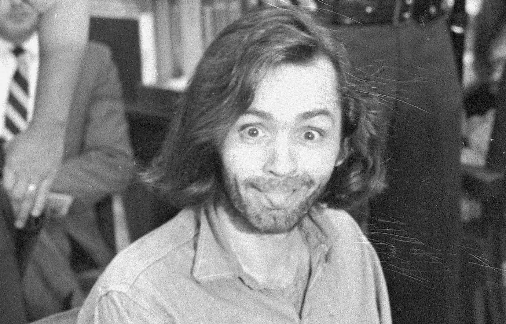 Charles Manson lors de son procès pour le meurtre de George Hinman en 1970 à Santa Monica
