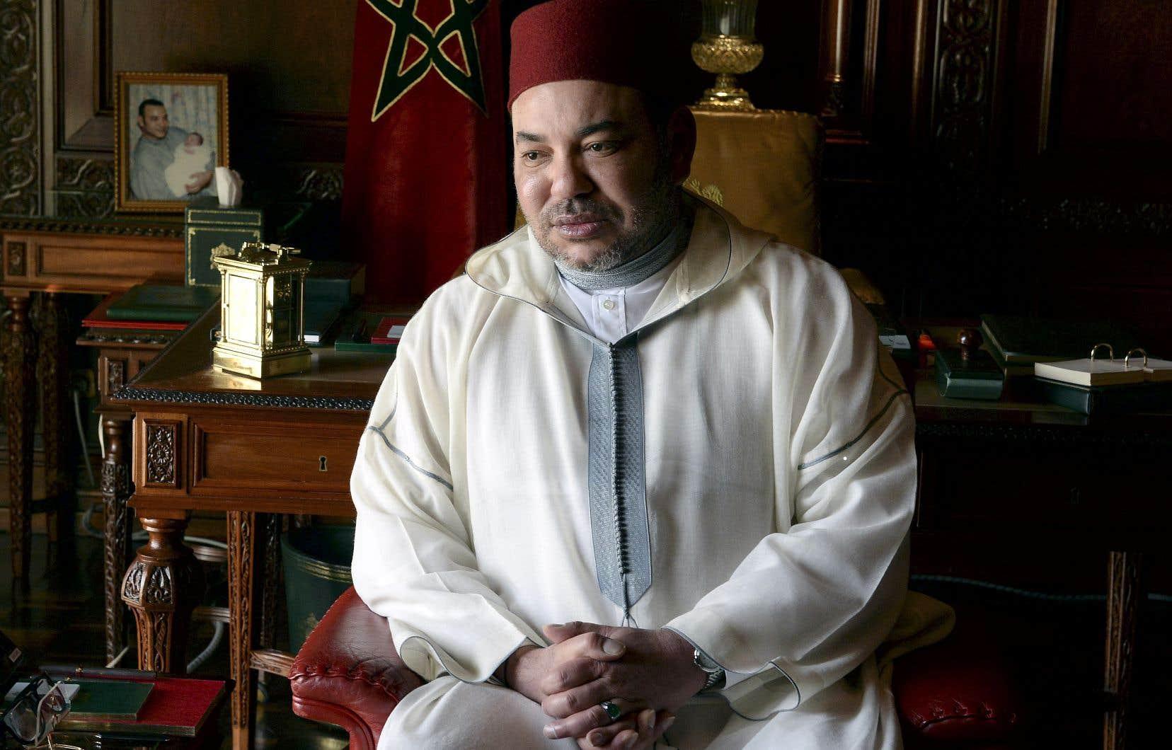 Le règne, de Mohammed VI, entamé le 23 juillet 1999 à la mort de son père, Hassan II, est marqué par une grande stabilité.