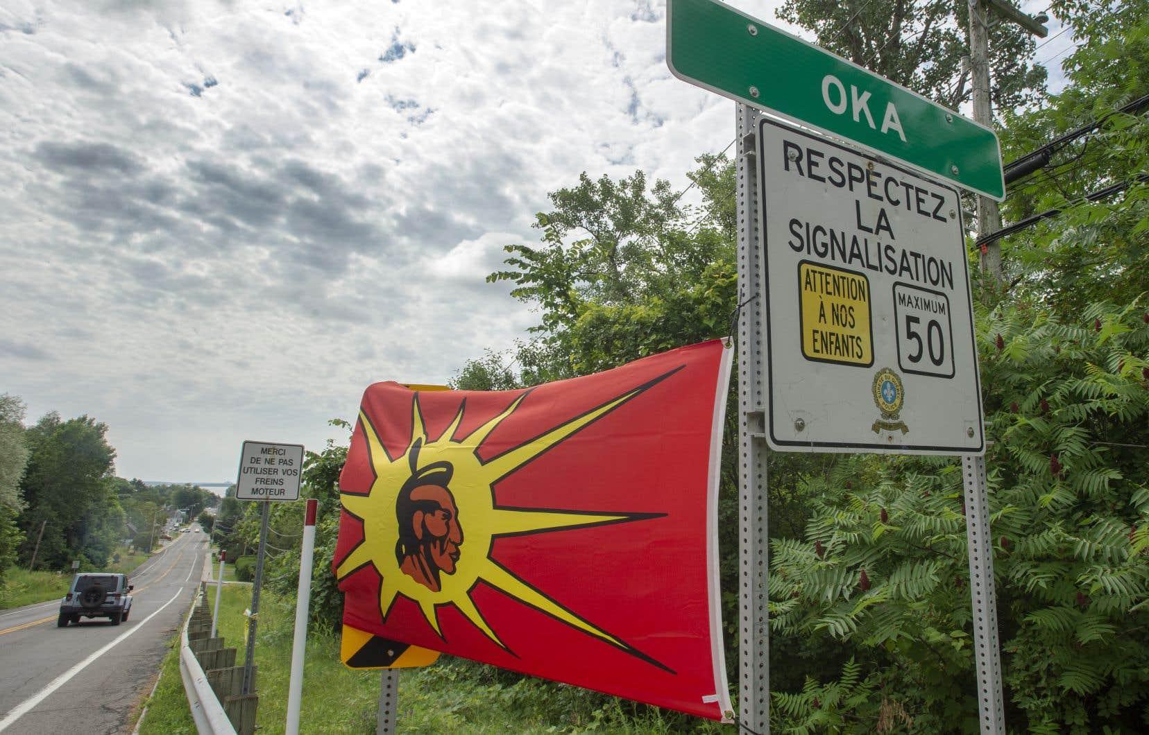 M.Gollin, lepropriétaire des terres au coeur des tensions, juge qu'Ottawa devrait intervenir en rachetant ses terrains pour les restituer aux mohawks.