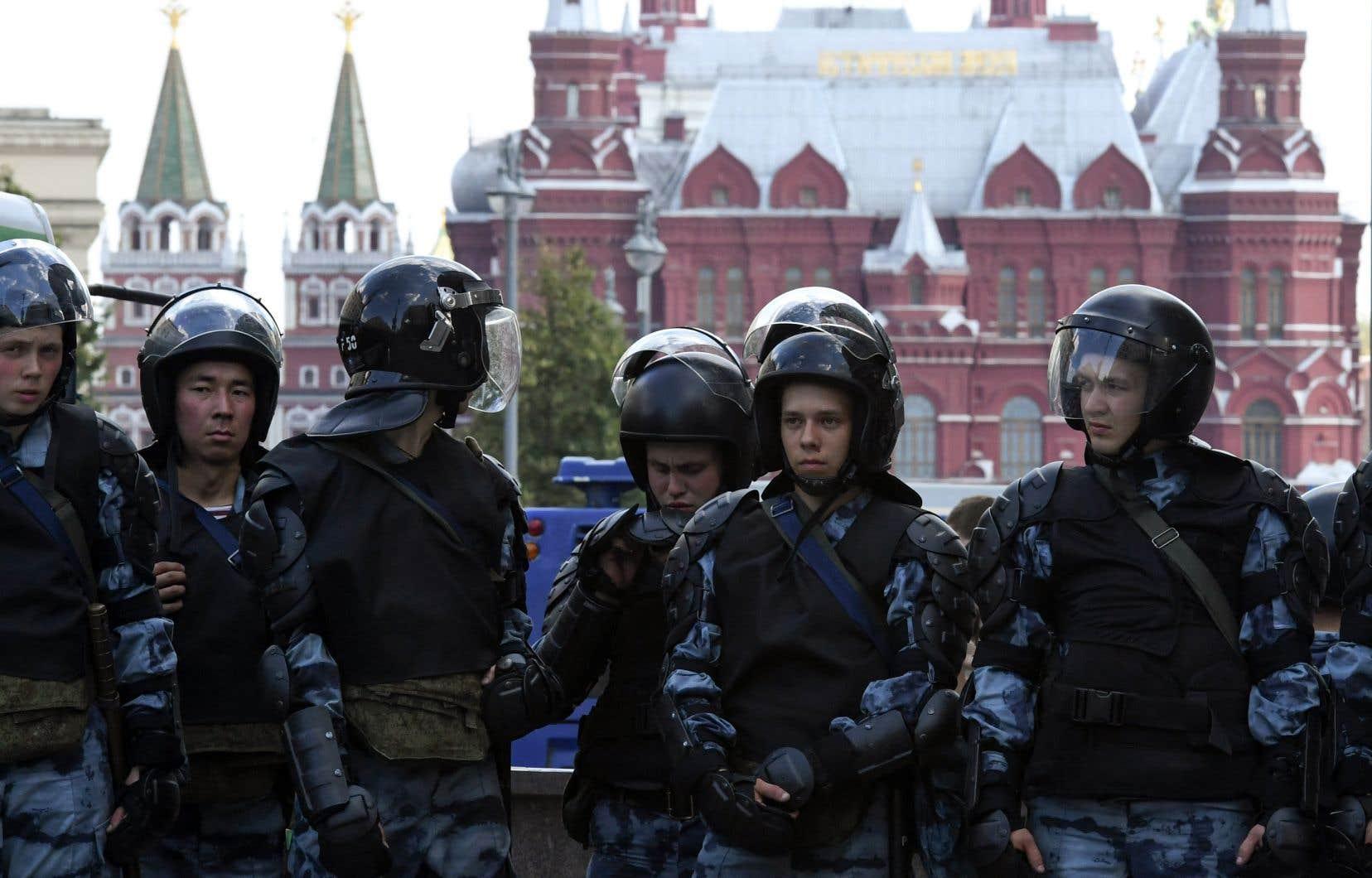 La manifestation de samediavait été fermement réprimée par la police et semble démontrer la détermination des autorités à tuer dans l'oeuf tout mouvement de contestation lié aux élections locales du 8septembre.