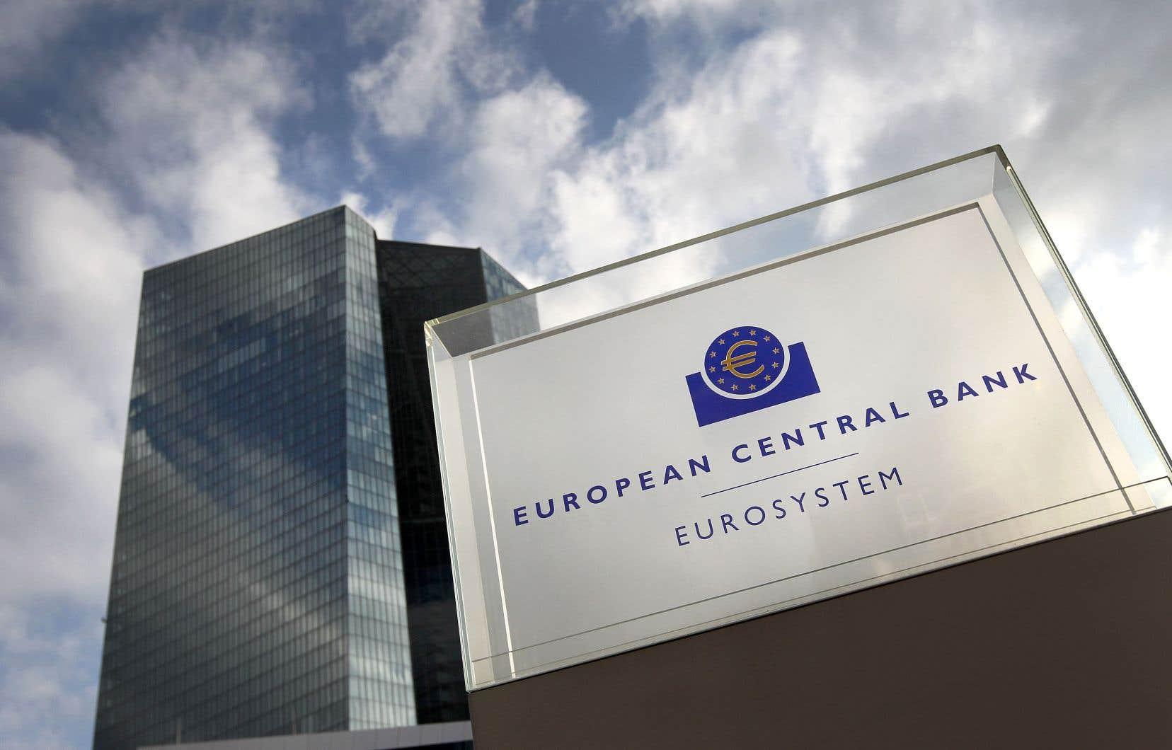 Dans sa dernière réunion avant les congés d'été, le 25juillet dernier, la BCE avait brossé un sombre tableau des perspectives en zone euro. Elle avait déjà ouvert la voie à une série de mesures pour la rentrée.