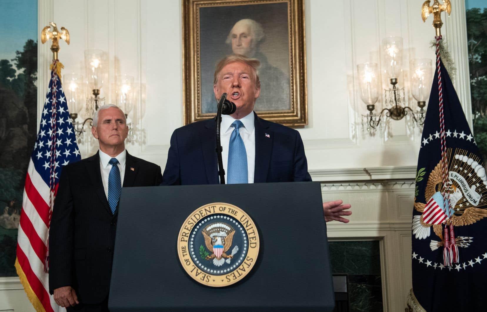 «Notre nation doit condamner d'une seule voix le racisme, le sectarisme, et le suprémacisme blanc», a déclaré Donald Trump depuis la Maison-Blanche.