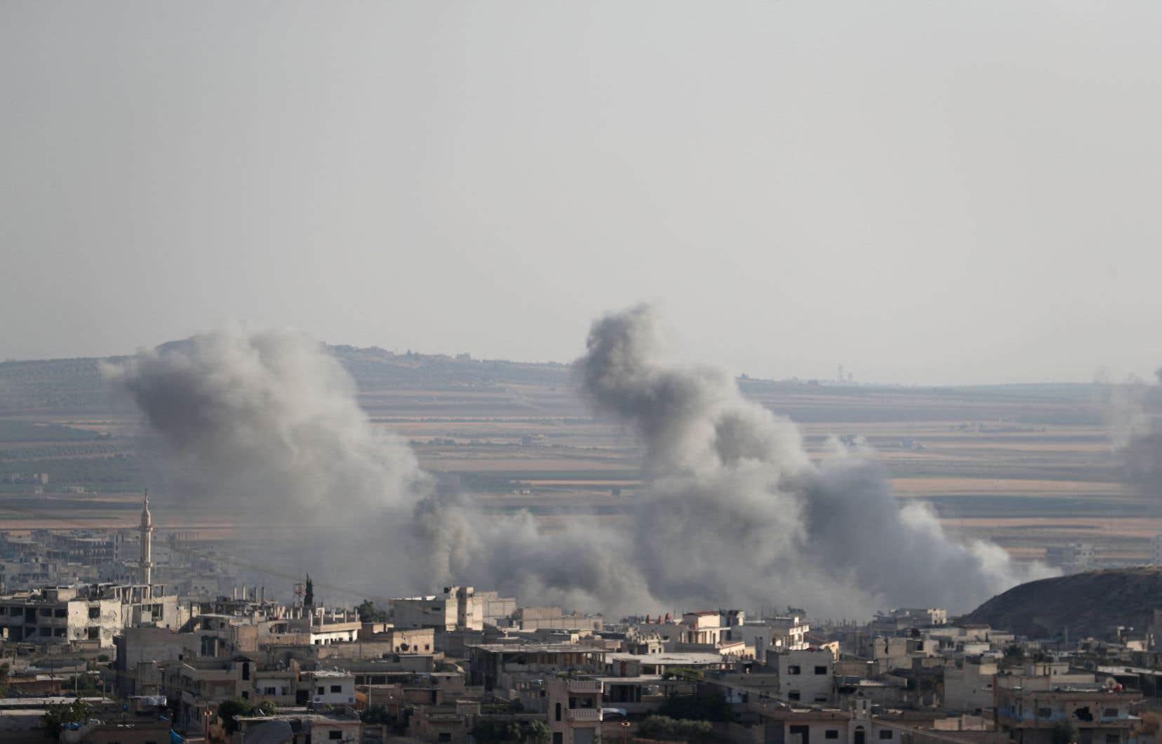 Khan Cheikhoun, dans le sud d'Idleb, a été la cible de plusieurs raids aériens du régime syrien.