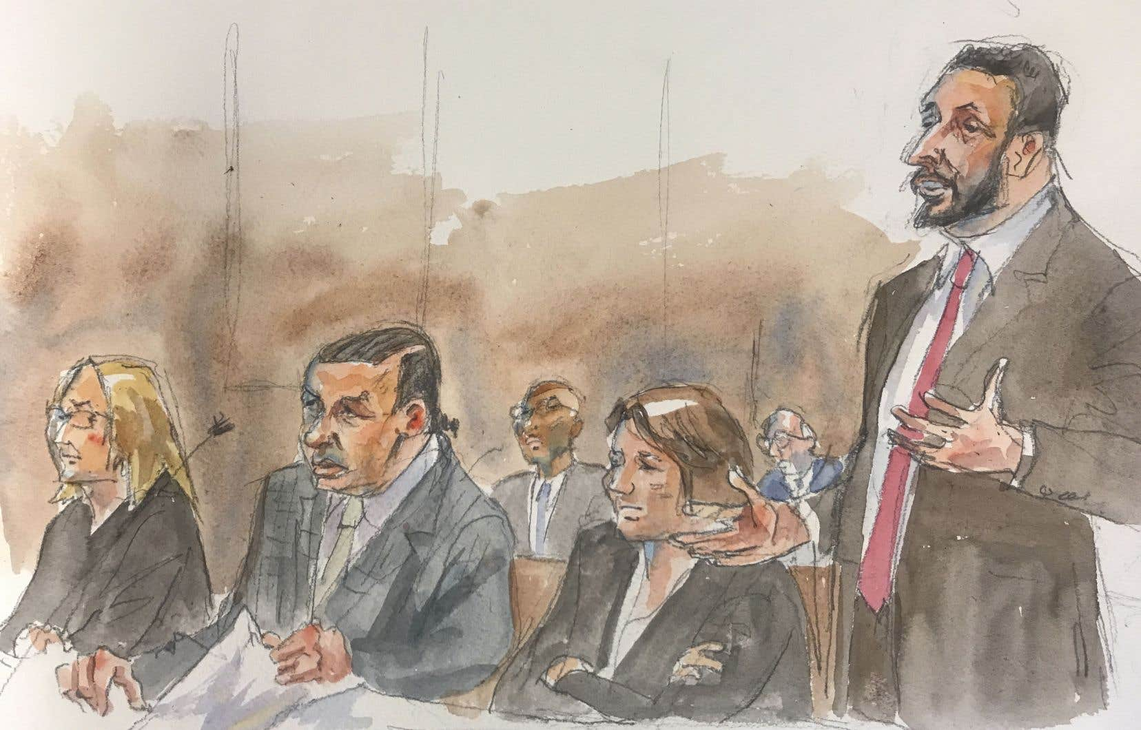 Cesar Sayoc avait plaidé coupable en mars à 65 chefs d'inculpation, reconnaissant avoir envoyé 16 colis piégés à des personnalités démocrates. Aujourd'hui, il a été condamné à 20 ans de prison.