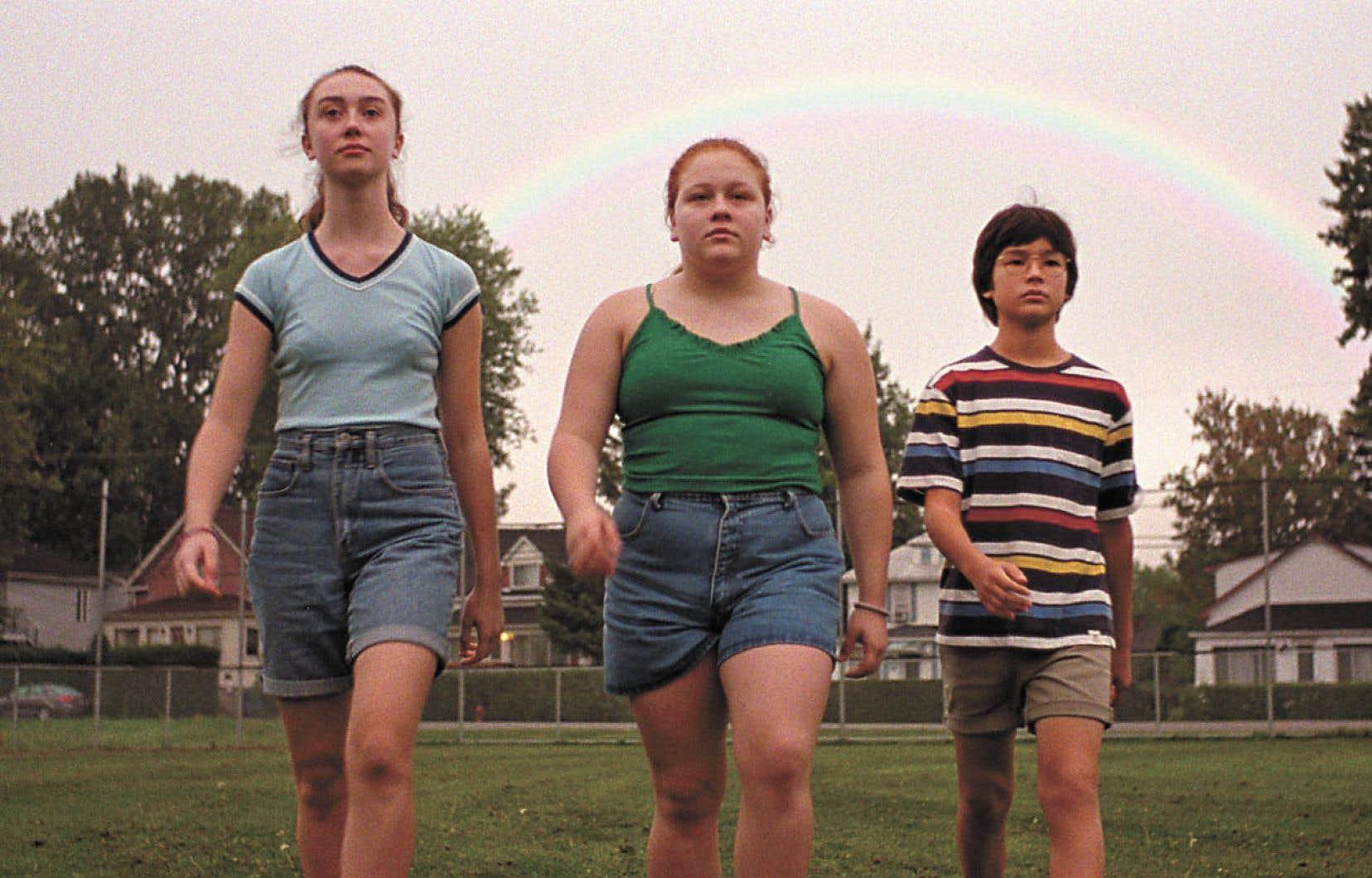 Juliette (Alexane Jamieson) a 14ans et, à l'instar d'autres enfants en surpoids, elle doit faire face aux moqueries et à l'isolement.