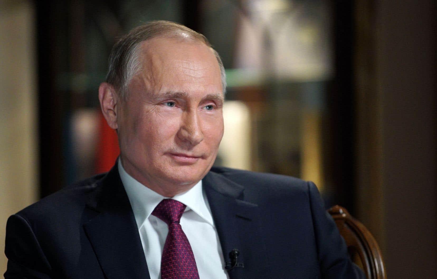 «Le Poutine d'aujourd'hui n'est pas celui de 1999-2000: de libéral, il est devenu conservateur», estime le politologue Konstantin Kalatchev.
