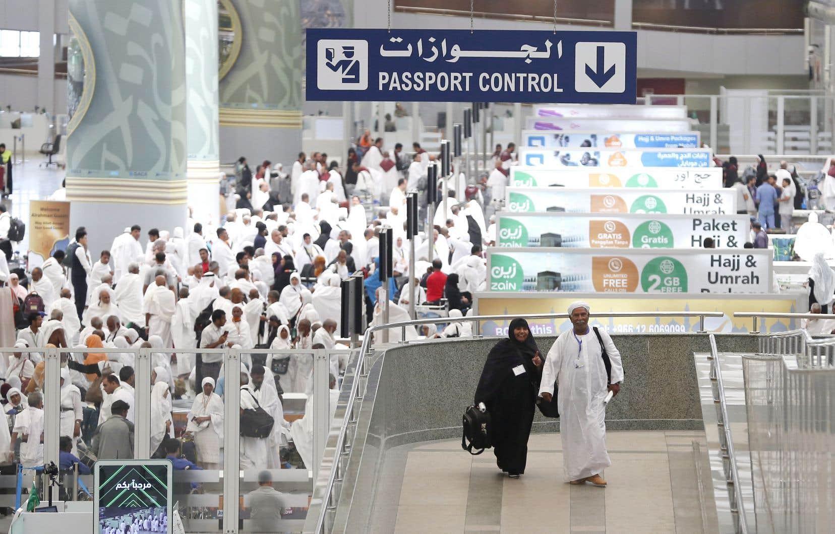 Les fidèles arrivant par les airs atterrissent aux aéroports de Médine ou de Jeddah (sur la photo), près de LaMecque. Les voyageurs disposant d'un visa «pèlerinage» ne sont pas autorisés à pénétrer en Arabie saoudite par un autre aéroport.