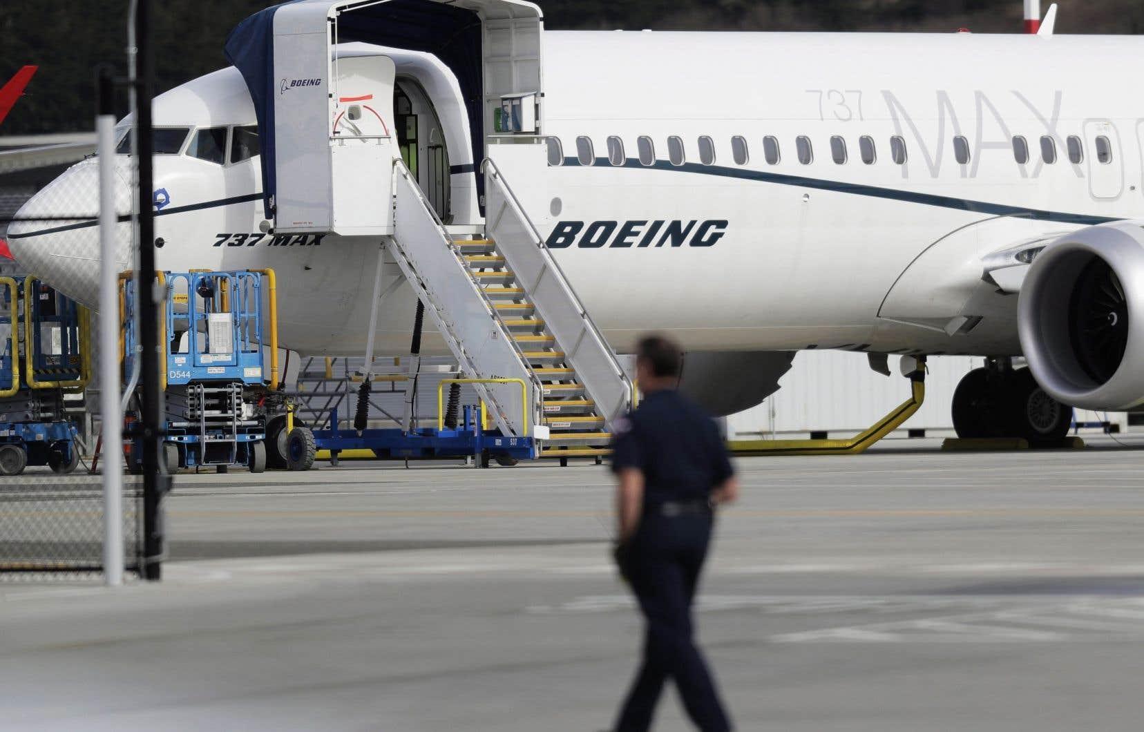 Les procédures de certification du MAX par la FAA sont sur la sellette après que plusieurs enquêtes officielles et de la presse eurent mis au jour une collaboration très étroite entre le plus important constructeur aéronautique des États-Unis et l'agence fédérale.