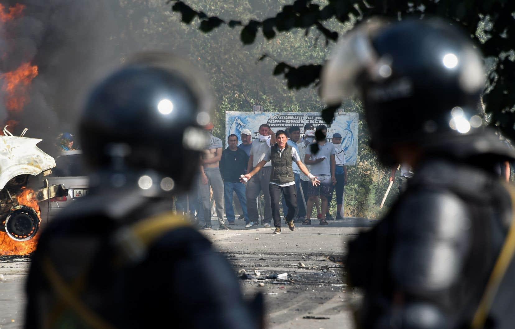 L'ex-président, arrêté la semaine dernière après une opération des forces spéciales marquée par des violences, a été accusé mardi d'avoir fomenté un coup d'État.