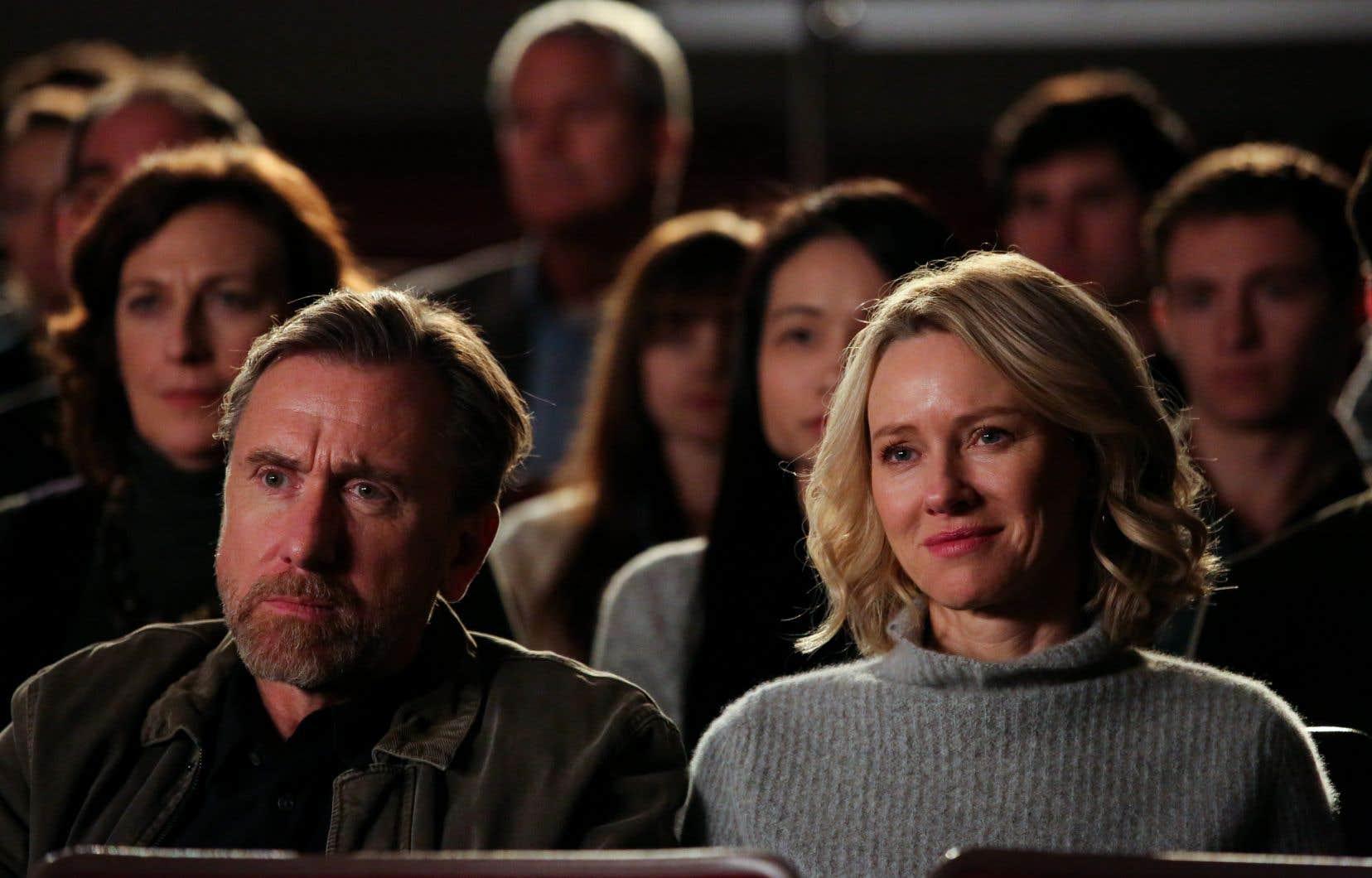 Tim Roth et Naomi Watts incarnent les parents adoptifs de Luce, ex-enfant soldat.