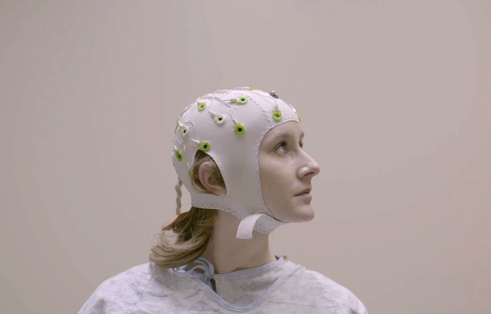 «Human + Le futur de nos sens» se démarque des autres documentaires sur le sujet par la manière dont chaque épisode aborde les révolutions bioniques faites dans le domaine.