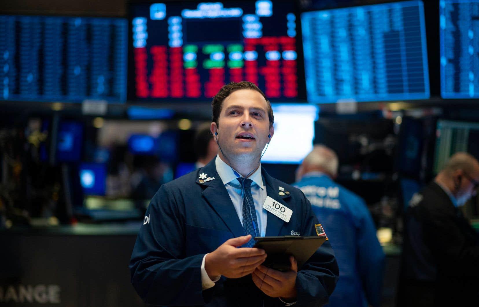 La séance de jeudi à la Bourse de New York a été marquée par de multiples changements de tendance, les principaux indices alternant entre le vert et le rouge.
