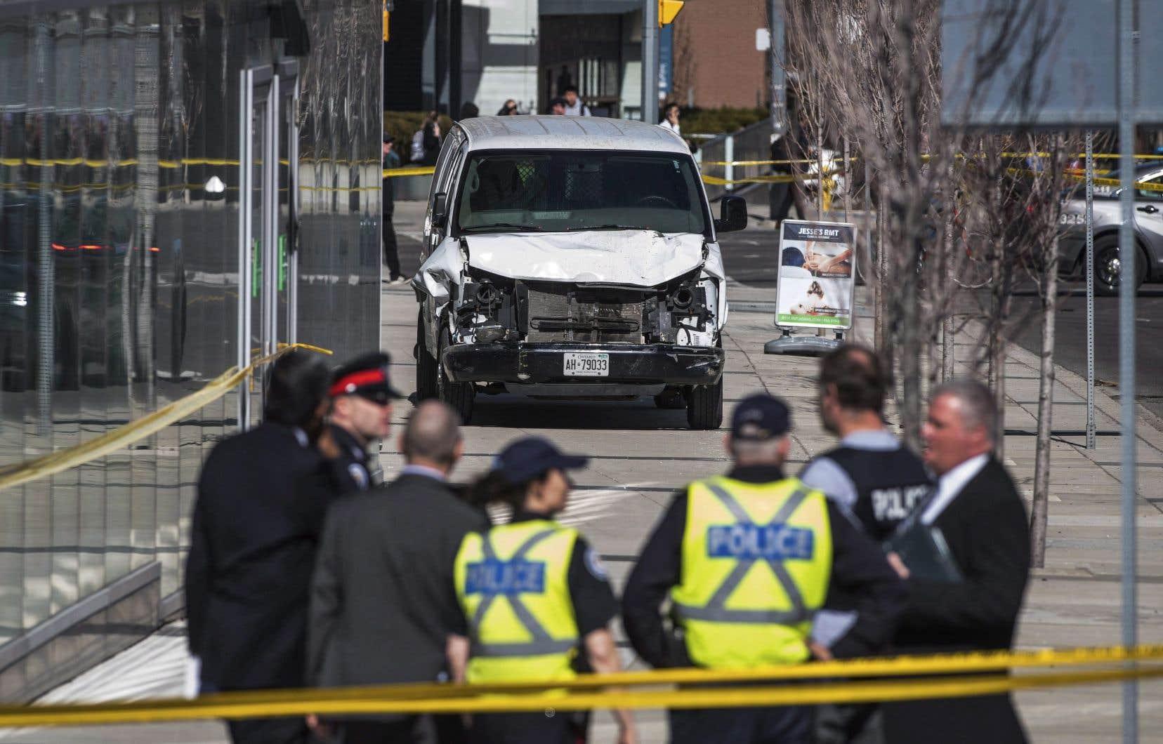 L'arrestation de M.Minassian à côté de la fourgonnette qu'il conduisait a été diffusée à la télévision tout juste après l'événement et a été vue par des milliers de personnes.