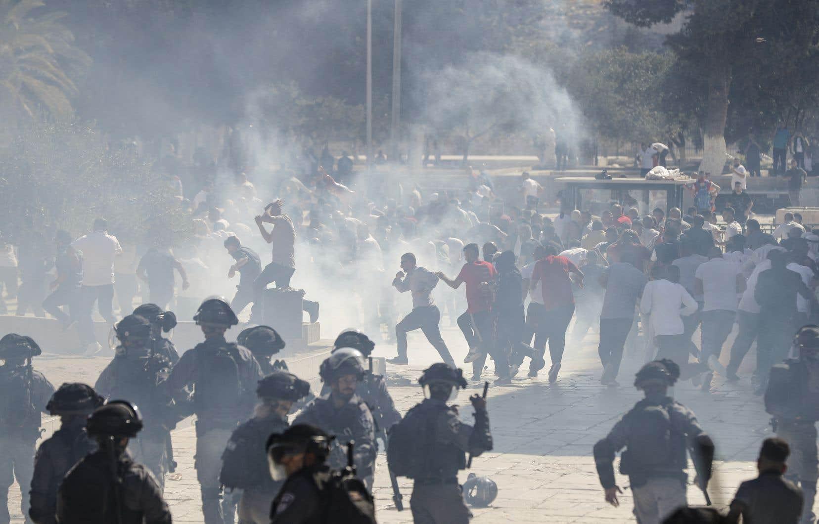 Le 11août, des affrontements étaient survenus à proximité de la mosquée Al-Aqsa, située sur l'Esplanade, entre des fidèles et des policiers israéliens.