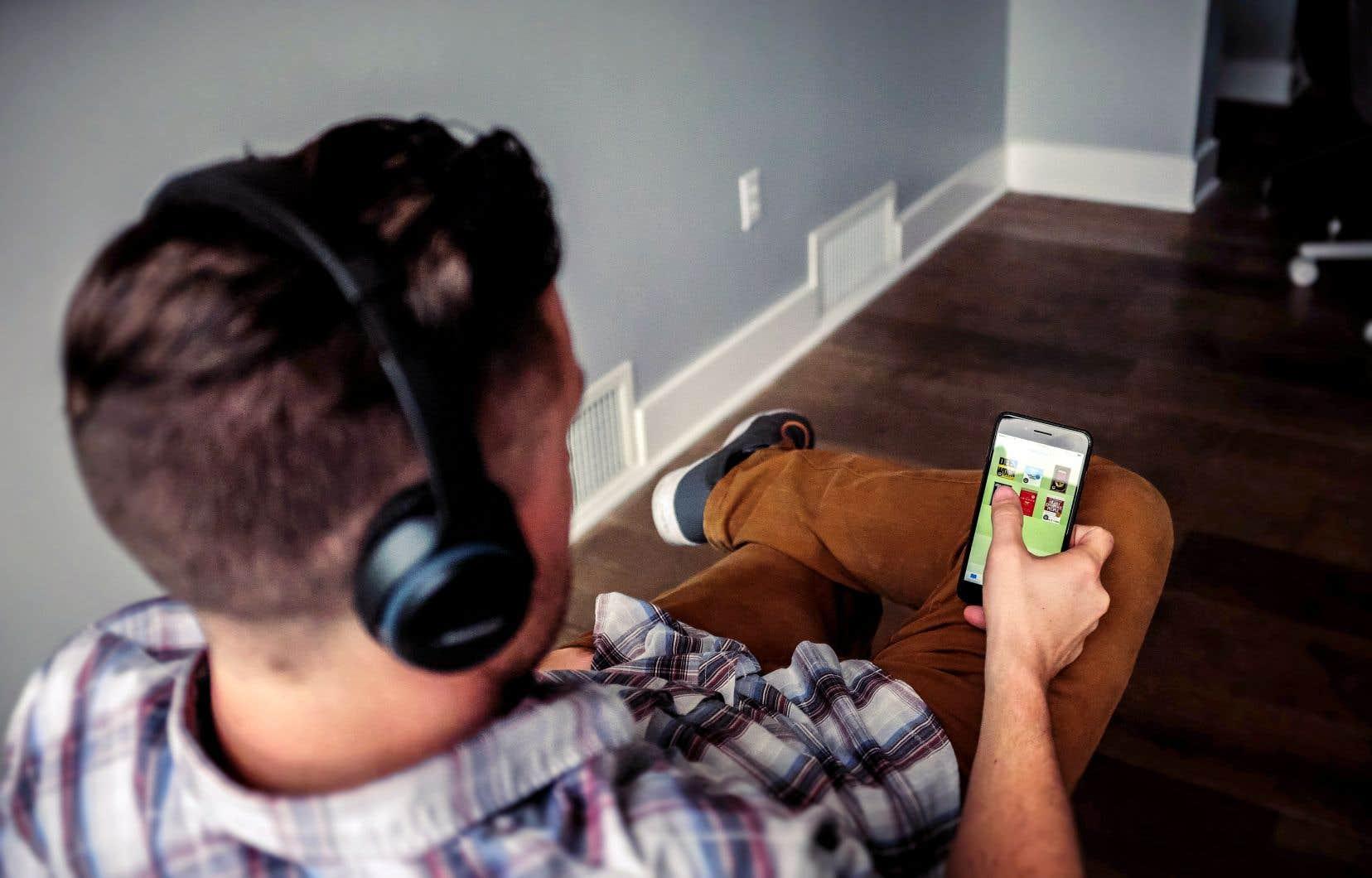 Il faut aujourd'hui récolter 30millions d'écoutes en ligne pour rentabiliser un projet d'album, souligne le collectif.