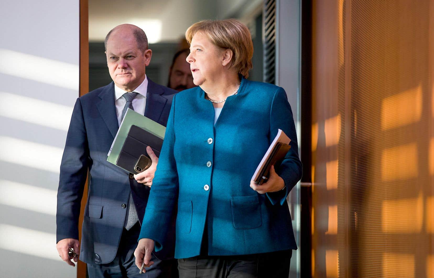 Selon le journal «Der Spiegel», la chancelière, Angela Merkel, et le ministre des Finances, Olaf Scholz, sont prêts à renoncer à l'équilibre budgétaire si le pays entre en récession.