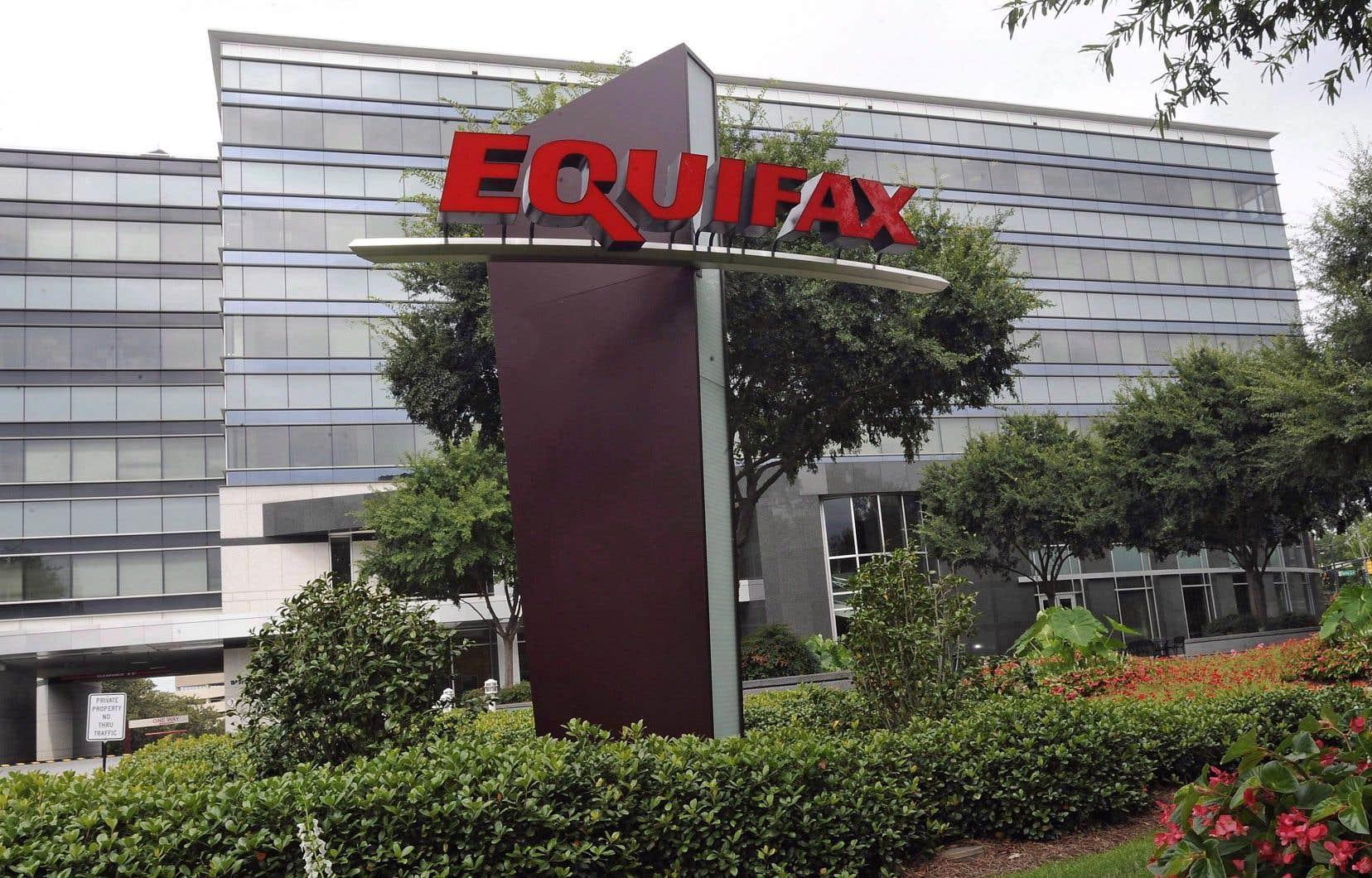 Equifax a affirmé qu'elle appuie l'épanouissement des gens et a offert sa collaboration au gouvernement Legault pour que la législation soit «la meilleure possible».