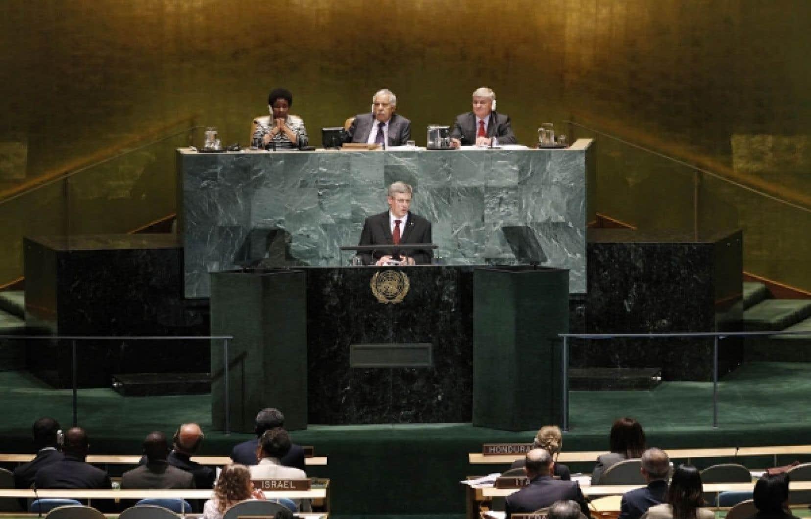«Dans nos efforts pour atteindre les Objectifs du millénaire pour le développement, nous devons bien cibler notre action, être pragmatiques, et, par-dessus tout, nous devons rendre des comptes», a déclaré Stephen Harper, hier, devant l'assemblée générale de l'ONU à New York.<br />