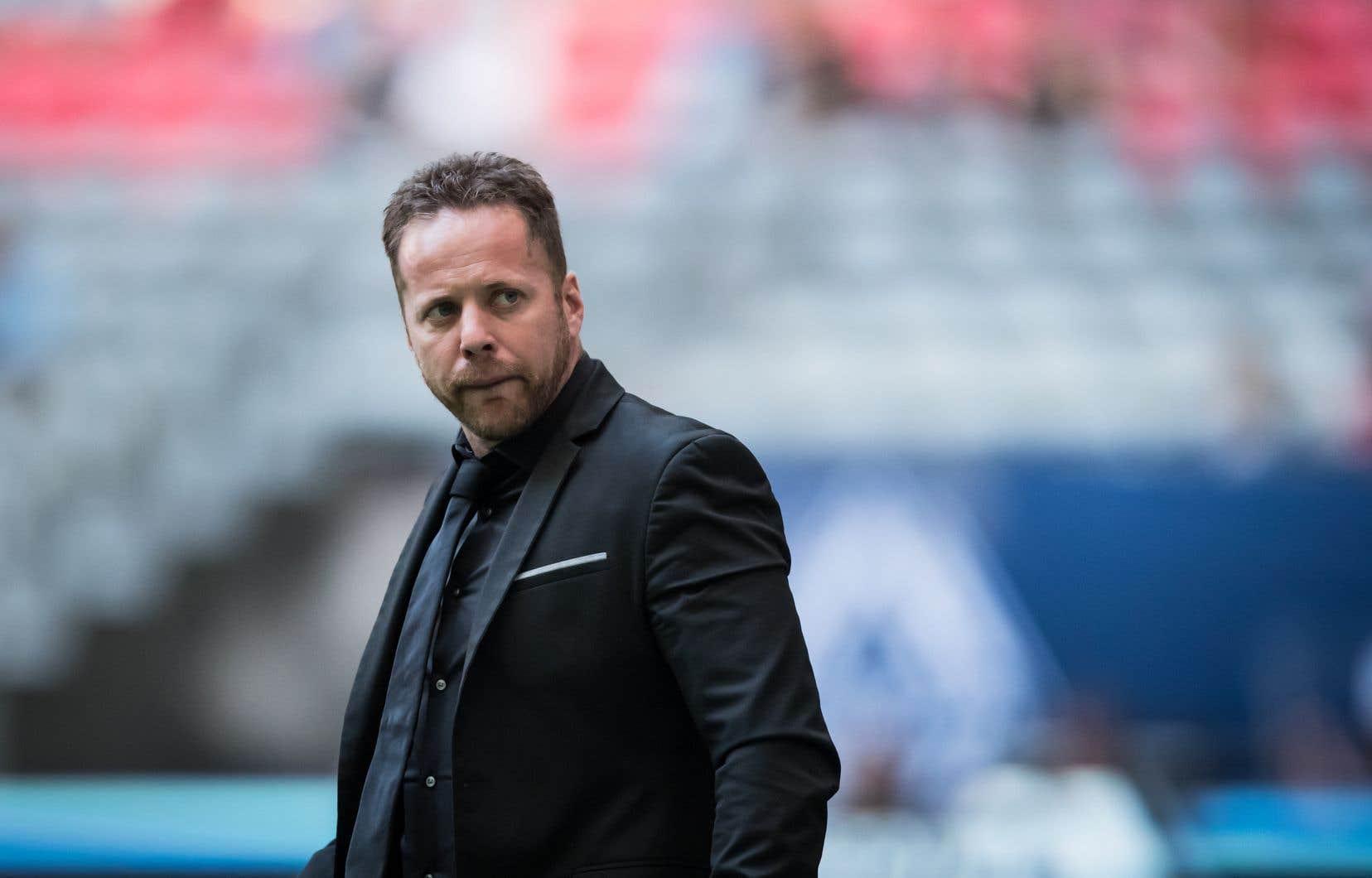 Même s'il est heureux dans ses nouveaux quartiers en Colombie-Britannique, Dos Santos vit une saison difficile à la barre d'une équipe en transition.