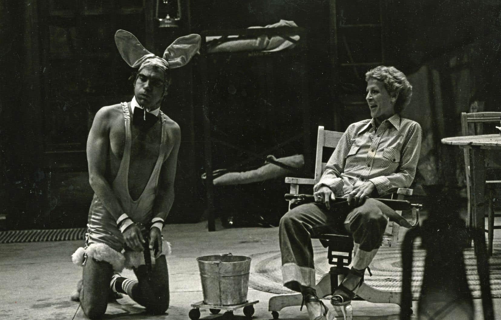 Jean Barbeau a touché à la satire sociale avec la pièce «Citrouille» qui, en 1975, avait mis en scène trois militantes féministes qui séquestrent un homme.