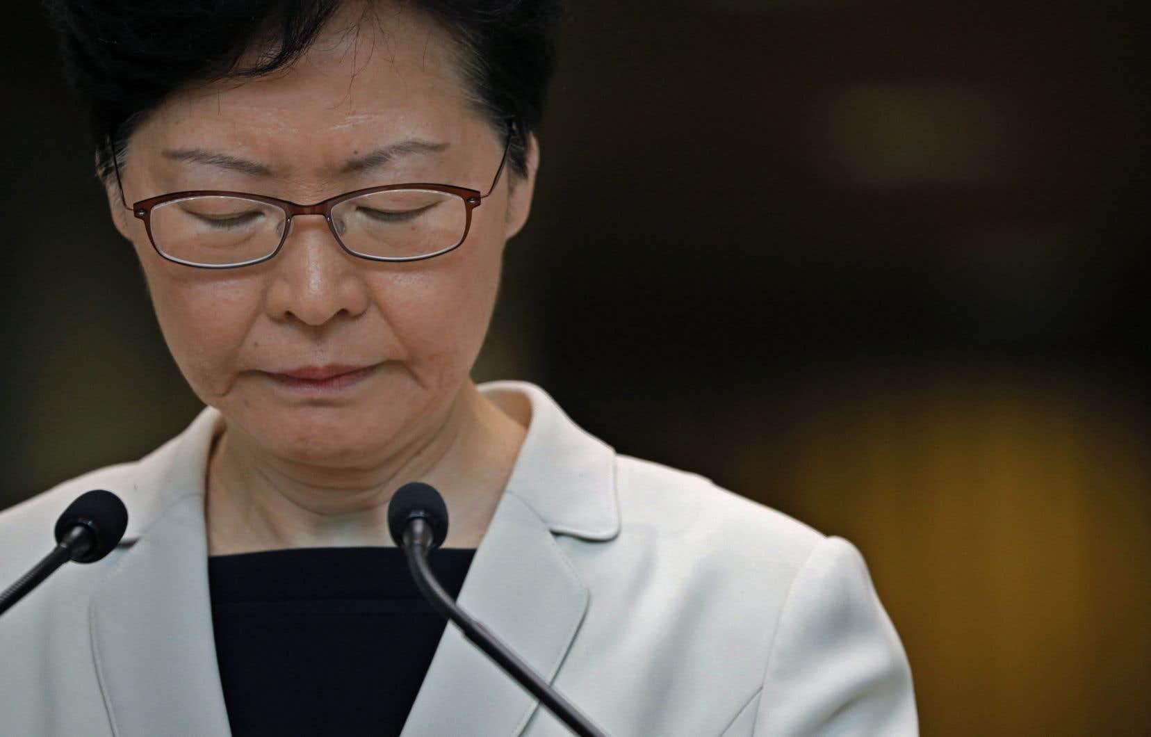 MmeLam s'exprimait après la diffusion par l'agence de presse Reuters d'un enregistrement audio dans lequel elle dit qu'elle démissionnerait si elle le pouvait.