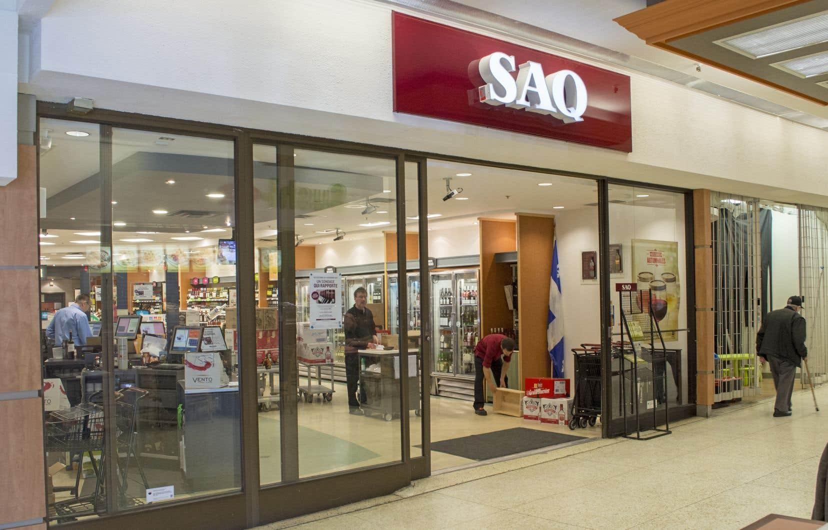 La SAQ a été la seule des trois sociétés d'État commerciales à afficher un bénéfice en hausse à son plus récent trimestre.