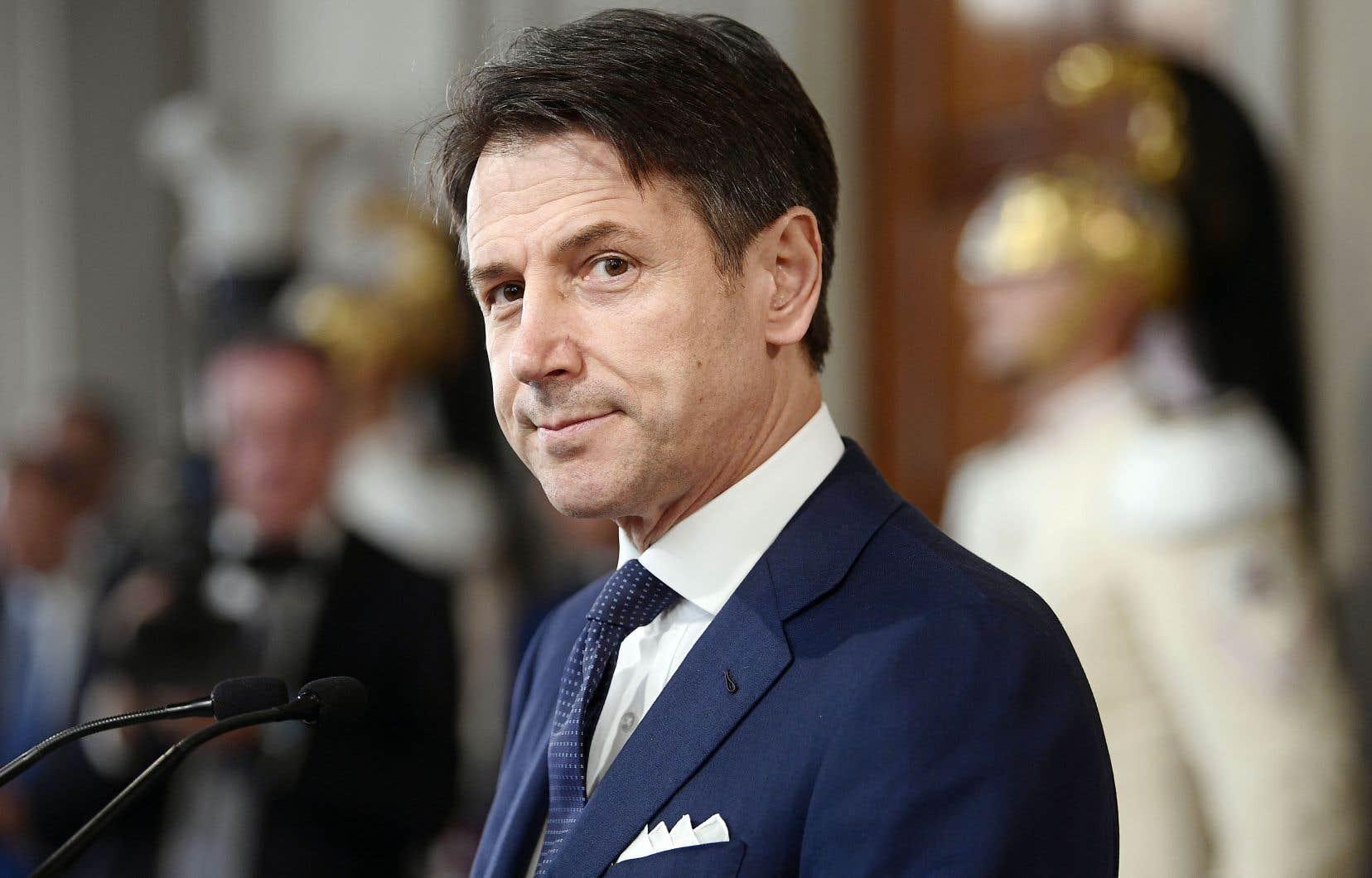 Le premier ministre italien Giuseppe Conte, reconduit à son poste, a annoncé mercredi la composition de son nouveau gouvernement.