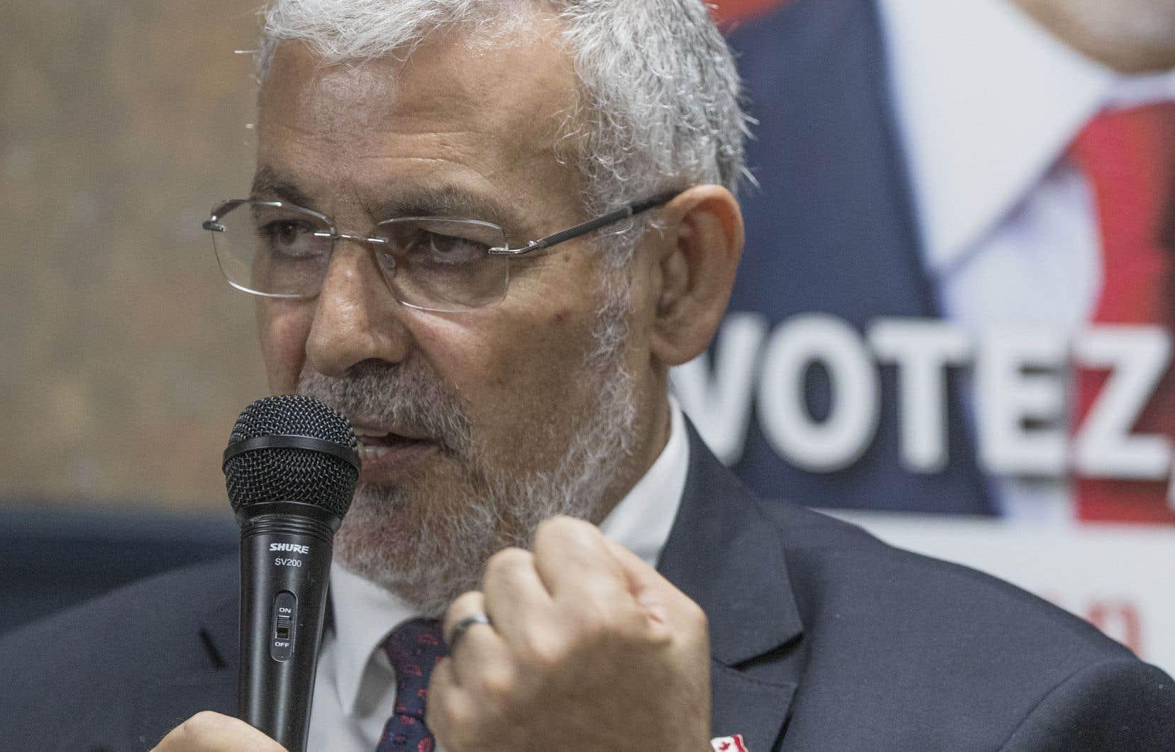 L'imam Hassan Guillet devait porter les couleurs du Parti libéral jusqu'à l'intervention du B'nai Brith, qui a ressorti des déclarations controversées du candidat que Justin Trudeau vient de récuser.