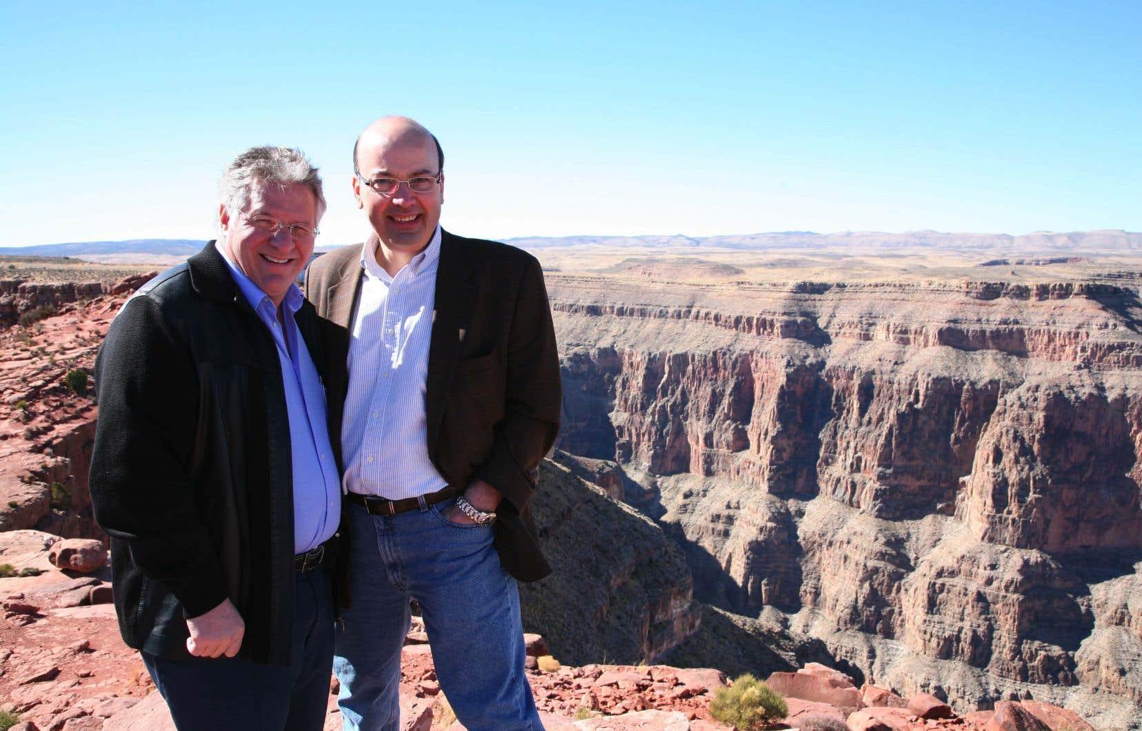 Tony Accurso et Frank Zampino photographiés lors d'un voyage à Las Vegas, en 2006.
