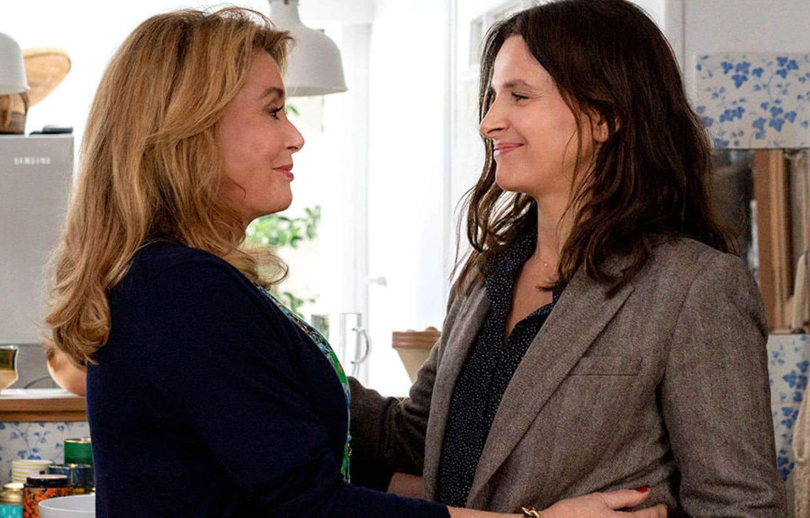 Le film «La vérité», très français dans ses nombreux et excellents dialogues, possède un doigté très nippon, presque pervers: drame psychologique au sourire en coin.