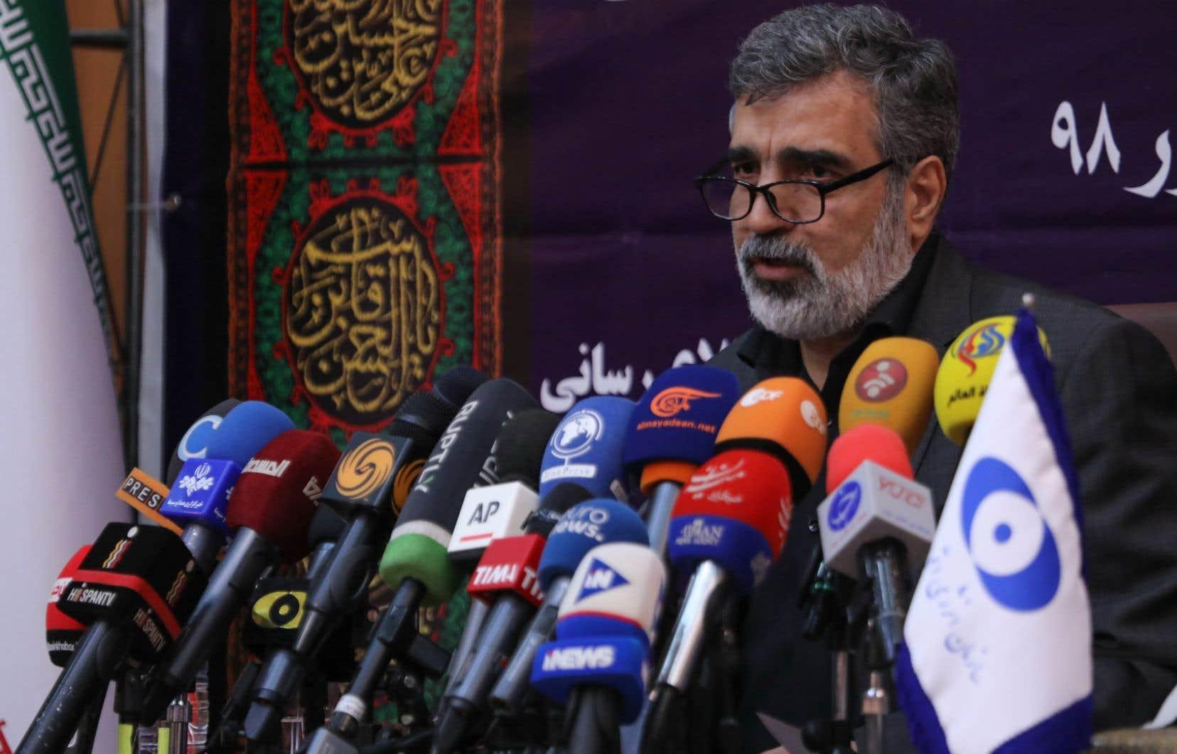 Le porte-parole de l'Organisation iranienne de l'énergie atomique (OIEA), Behrouz Kamalvandi, a détaillé samedi les mesures de la nouvelle phase du plan de réduction des engagements pris en vertu de l'accord de Vienne en 2015.