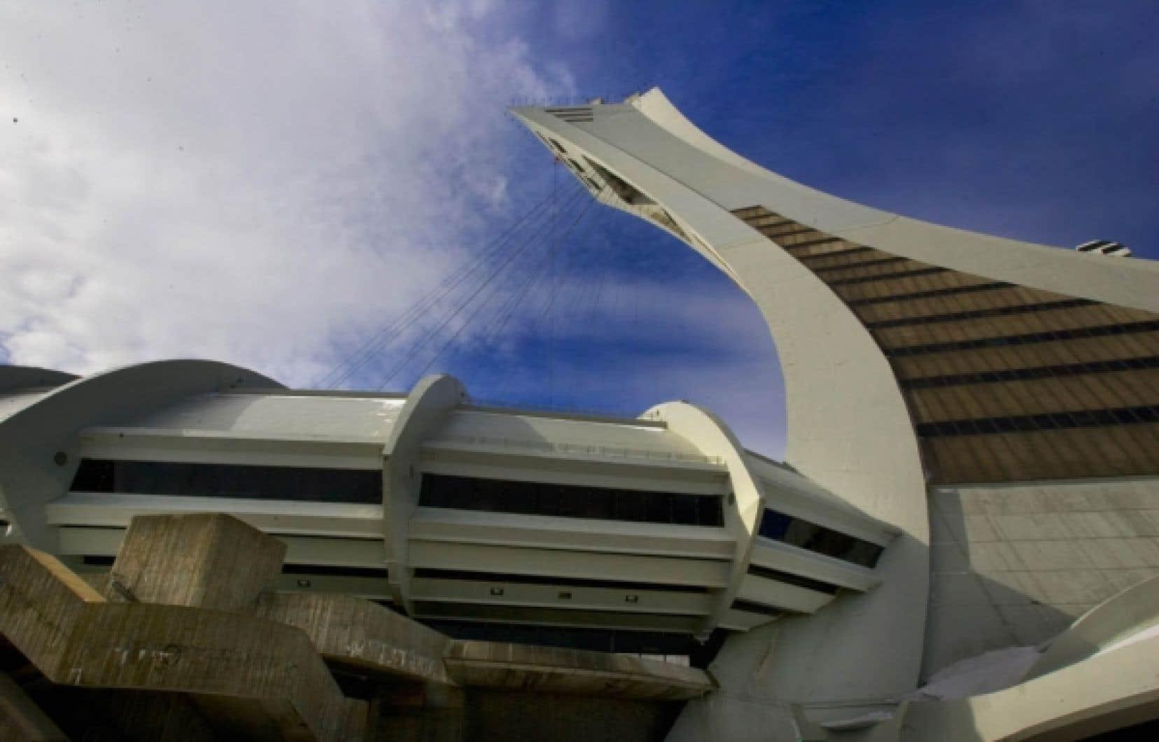 Le chef de l'ADQ, Gérard Deltell n'exclut ni la vente ni la démolition pure et simple du Stade olympique.<br />