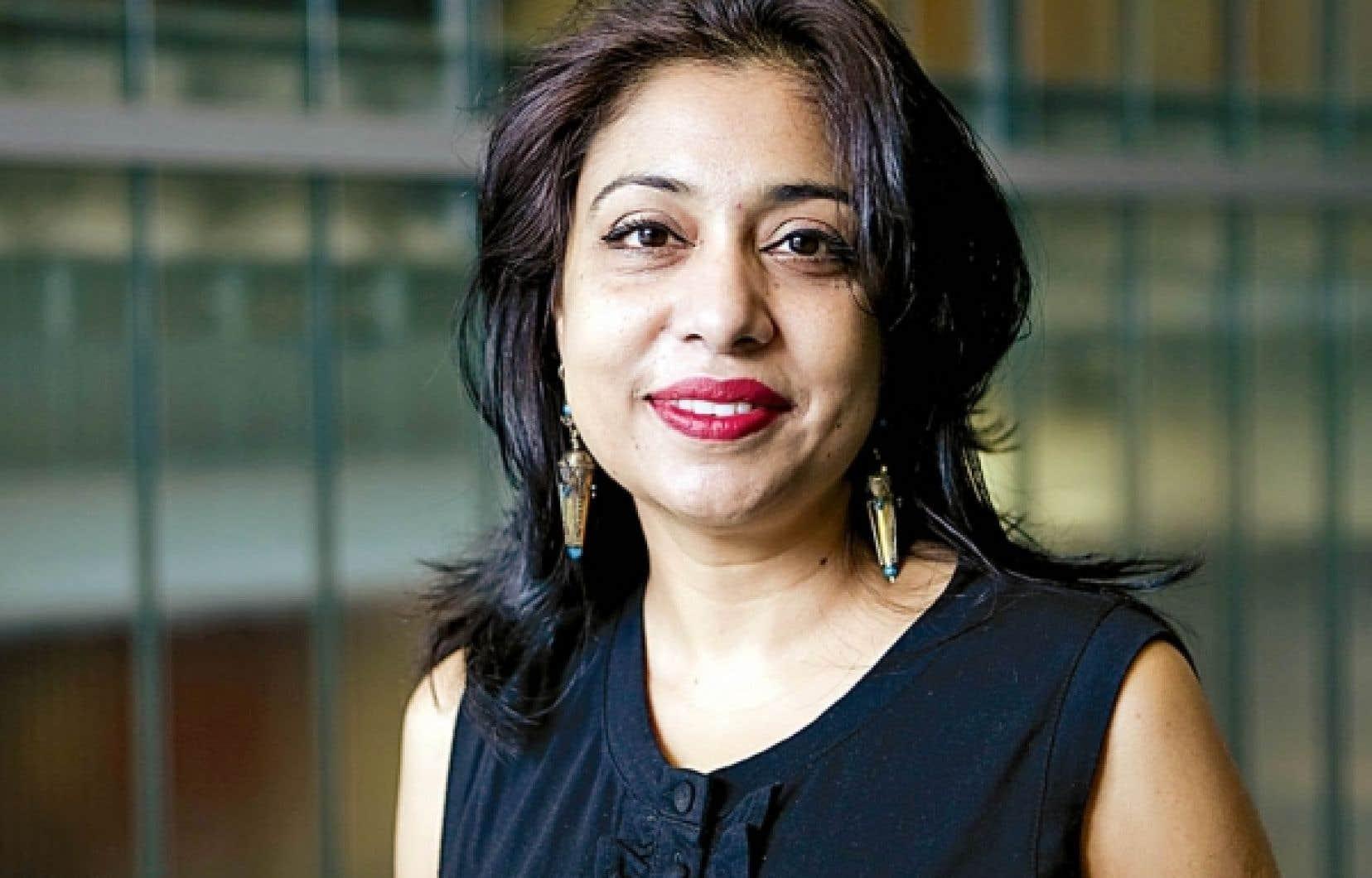 La professeure Adeela Arshad-Ayaz, théoricienne critique du postcolonialisme