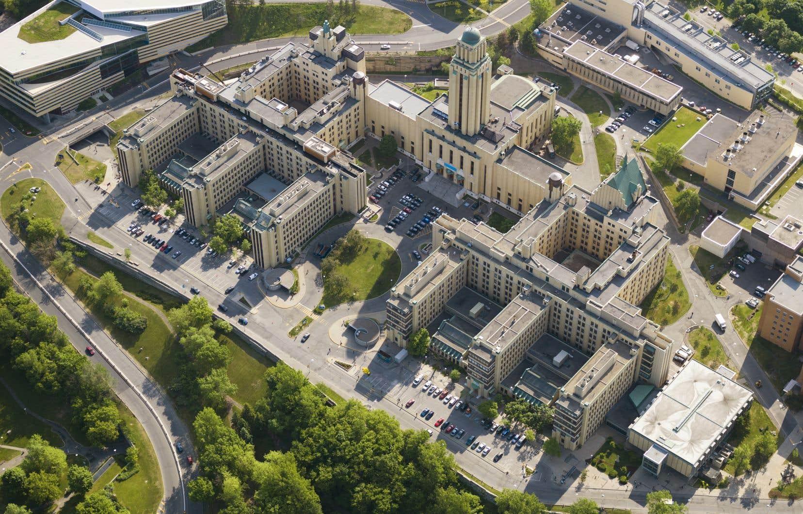 L'université anglophone montréalaise se situe au 42e rang mondial (en hausse de deux points par rapport à l'an dernier), tandis que l'Université de Montréal (notre photo) a gagné cinq points, au 85e rang.