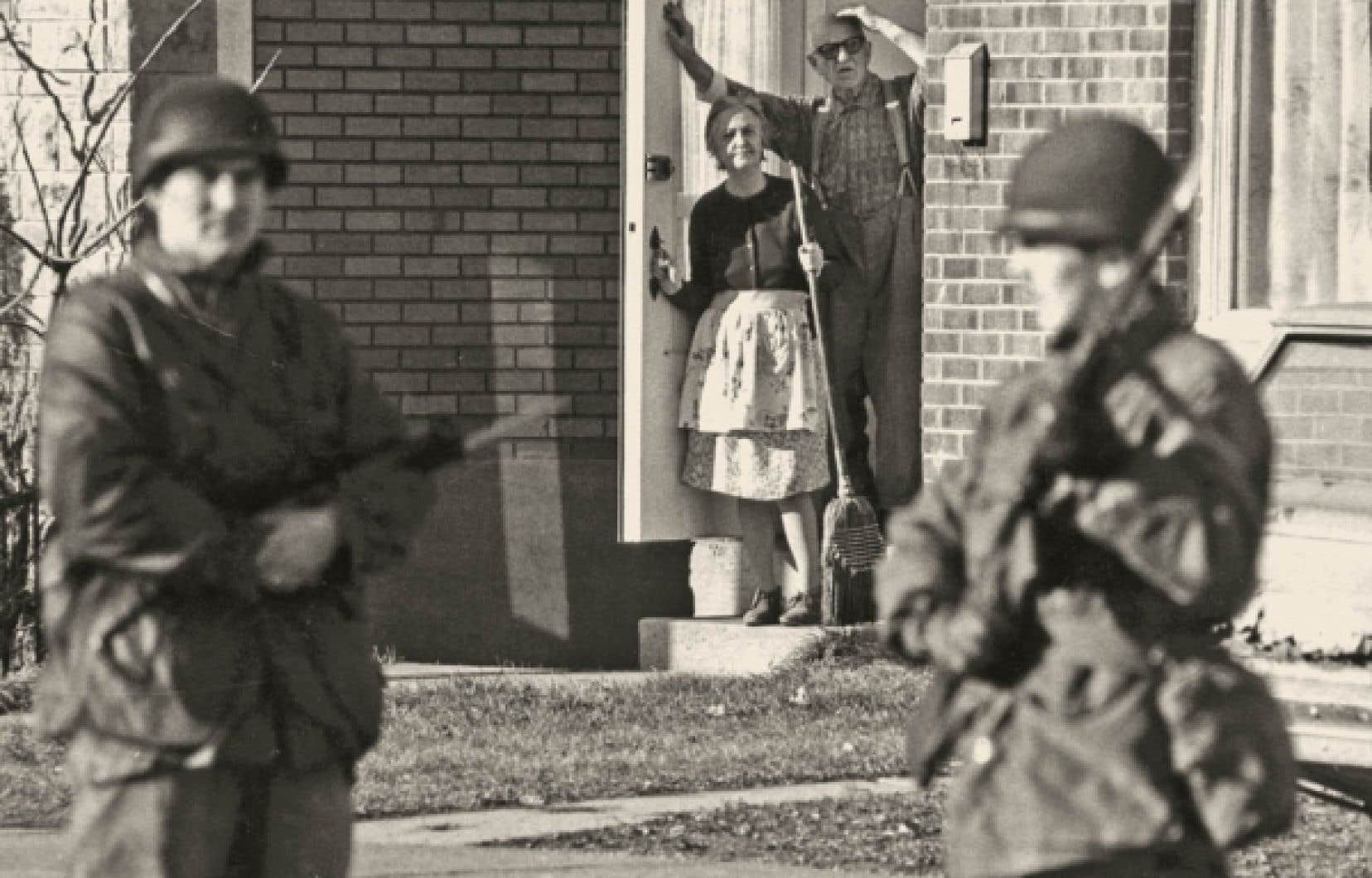 Les récits fantaisistes sur la Crise d'octobre sont légion depuis 40 ans, tellement les théories de conspiration ou les histoires de sombres complots ont du succès.<br />