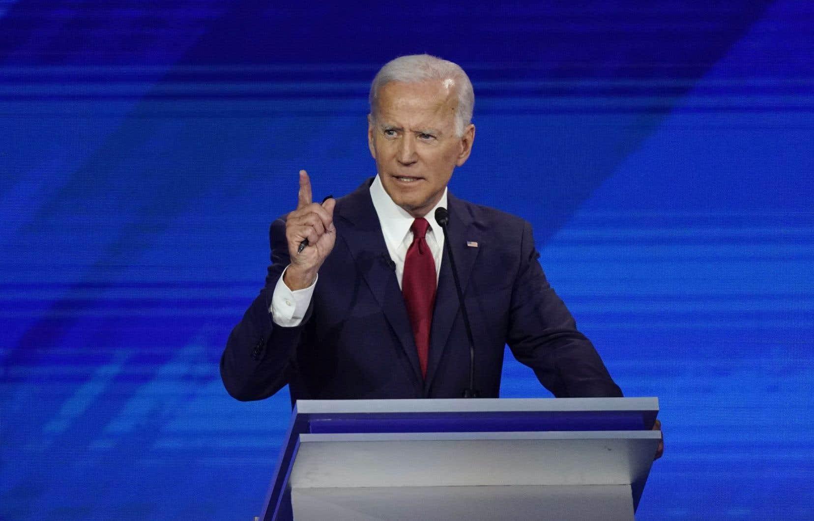 Face à ses deux rivaux bien plus à gauche dans le trio de tête, Bernie Sanders et Elizabeth Warren, Joe Biden a tenu à se présenter en candidat réaliste, soucieux de répondre aux préoccupations de la classe moyenne et des ouvriers.