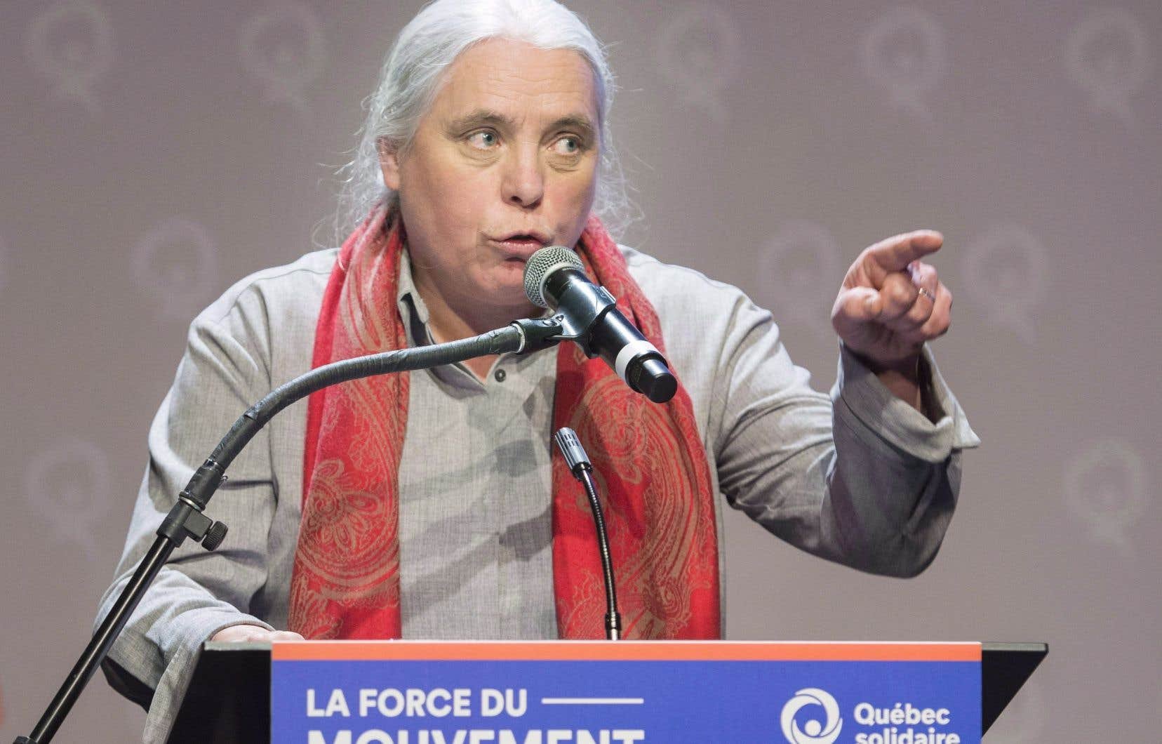 «Ça appartient au peuple québécois et le jour où on fera l'indépendance on aura tous les moyens de pouvoir régler ces choses-là entre nous»,a dit Mme Massé en marge du caucus des députés solidaires dimanche.