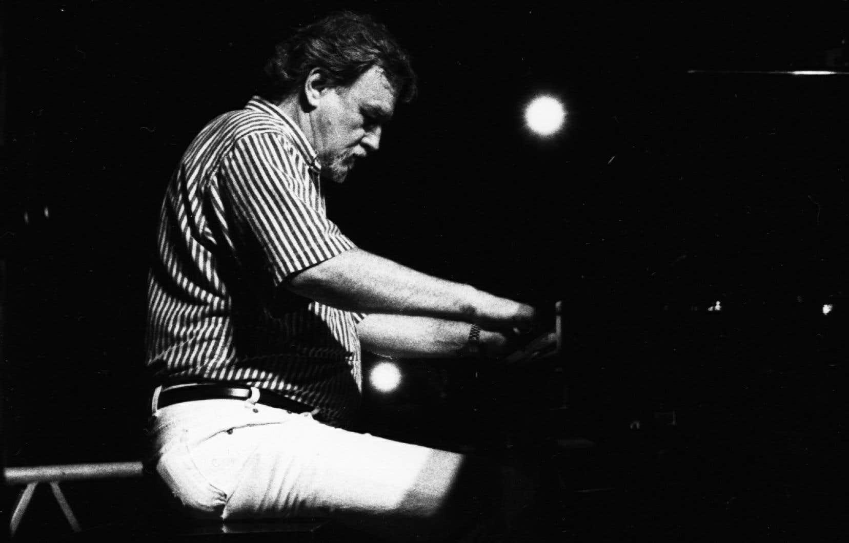 Vic Vogel est décédé lundi, jour qu'il a toujours consacré aux répétitions avec son band.