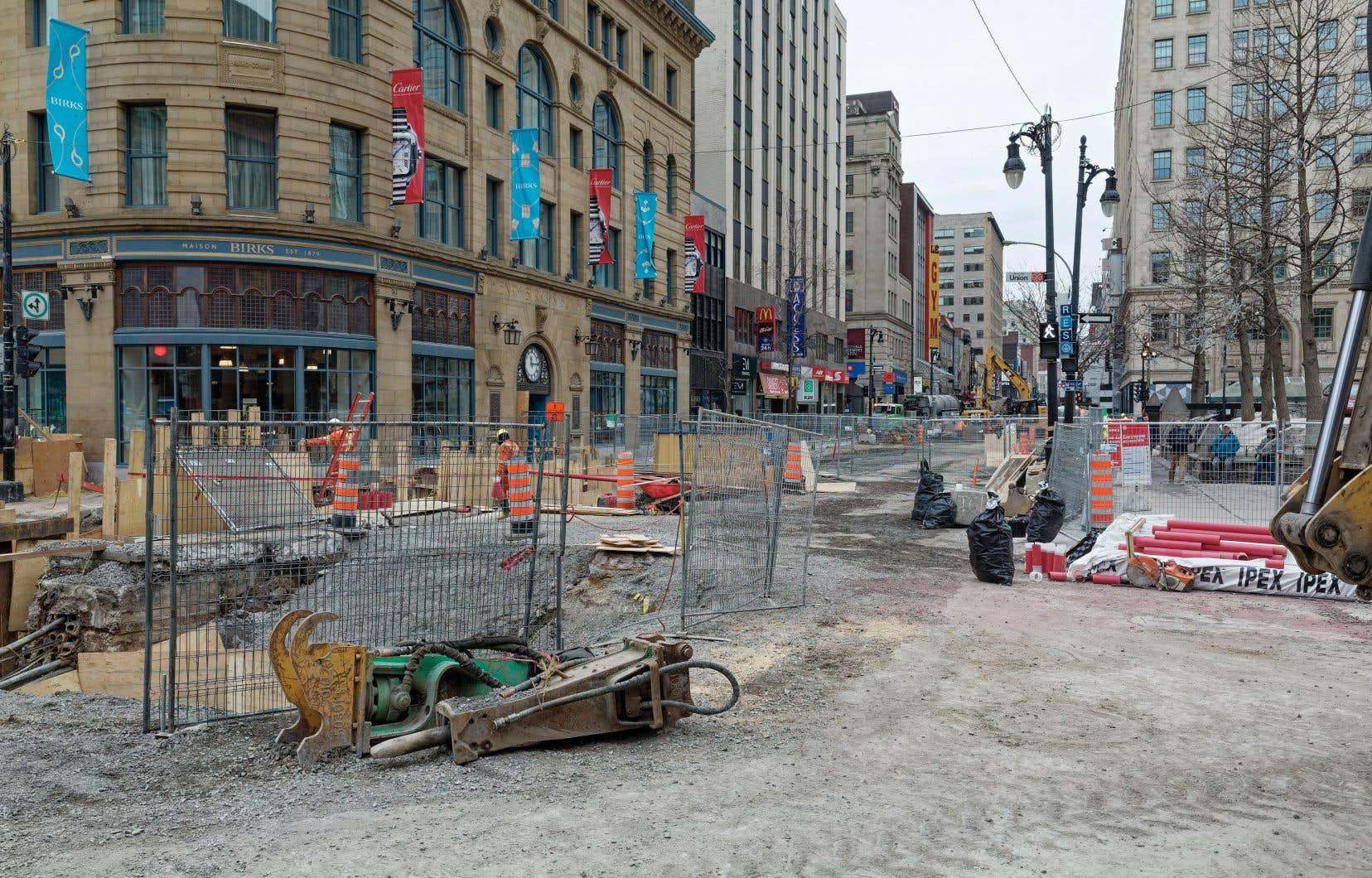 Inspiré par le projet-pilote mené sur la rue Sainte-Catherine à Montréal (photo), le programme de la Ville de Québec permettra aux commerces d'obtenir jusqu'à 30 000$ par an en compensations.