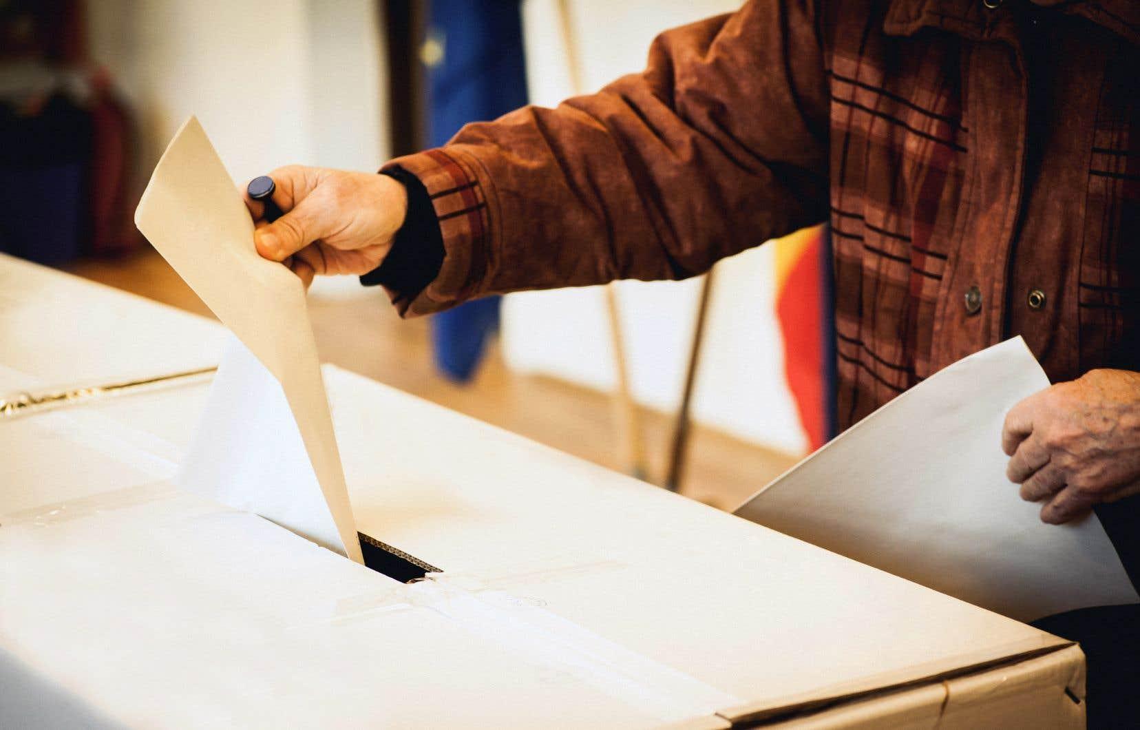 «La réforme du mode de scrutin va rendre notre système politique moins démocratique», estiment les auteurs.