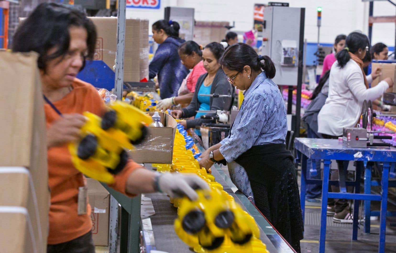 Les immigrants qui travaillent au Canada sont notamment victimes d'une mauvaise reconnaissance de l'expérience acquise à l'étranger.