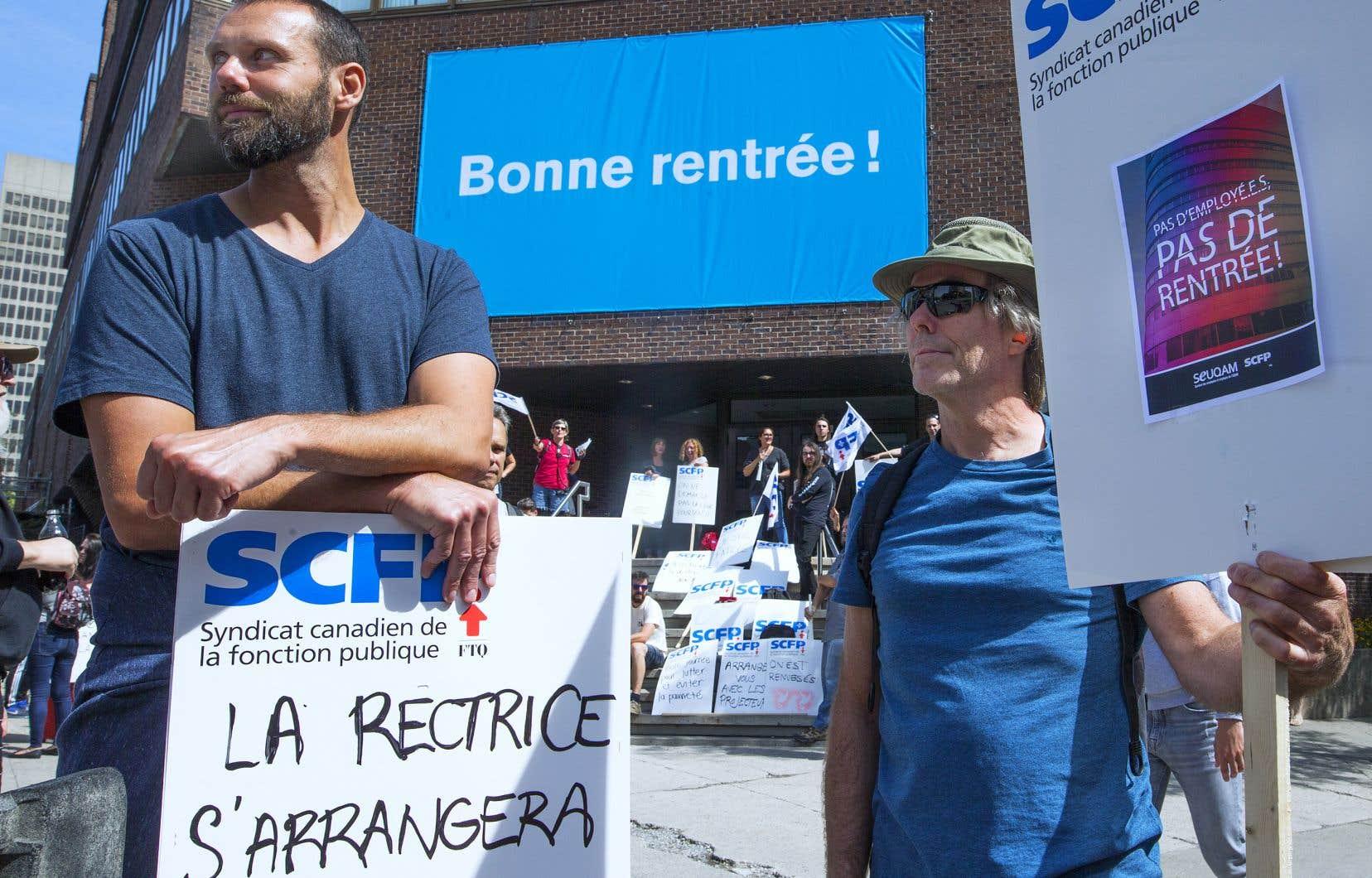 Les 1800 syndiqués ont entamé leur grève le mardi 3septembre, jour de la rentrée universitaire.
