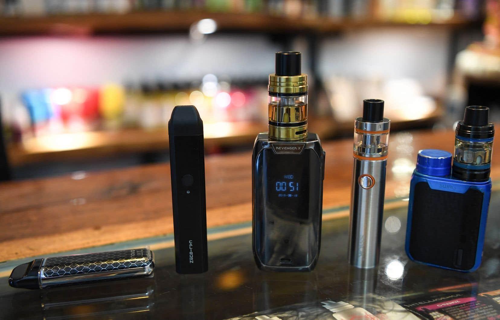 Les cigarettes électroniques serotn désormais interdites dans le pays de 1,3 milliard d'habitants.